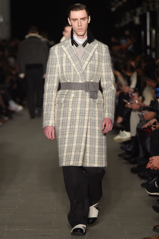 Fall Fashion 2015 2016 Andrea Pompilio