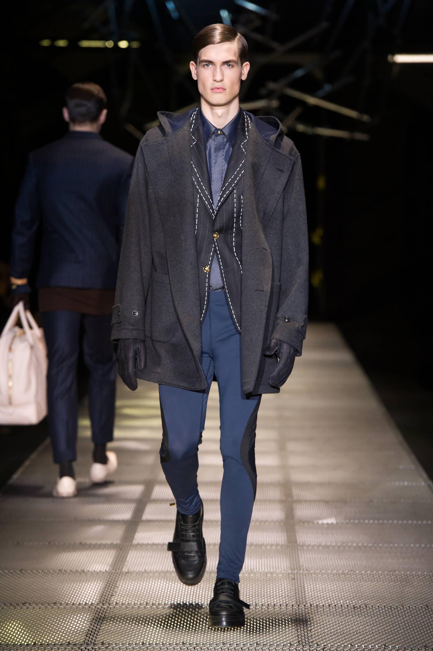 Fall Versace Fashion Man