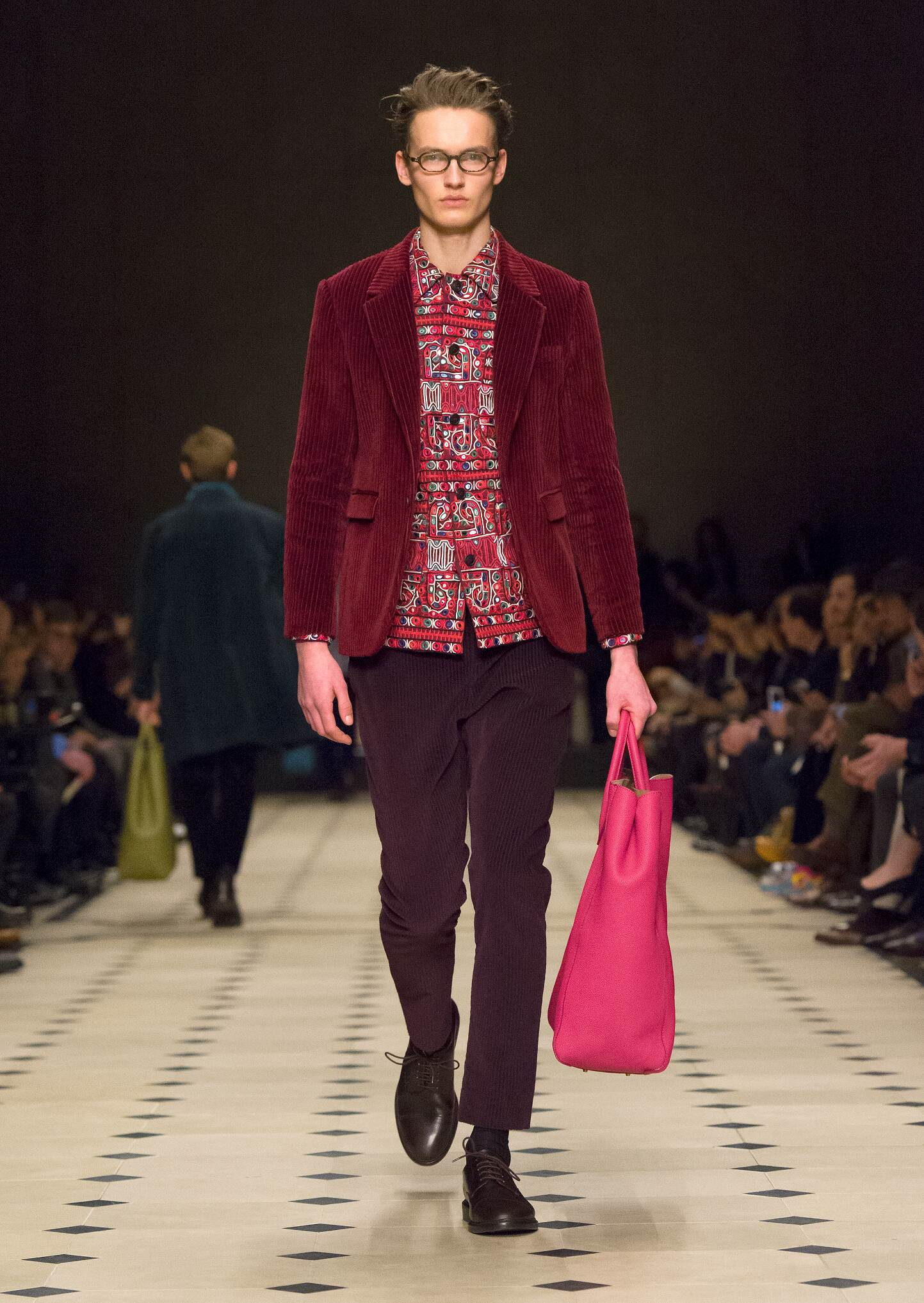 Fall Winter 2016 Fashion Model Burberry Prorsum