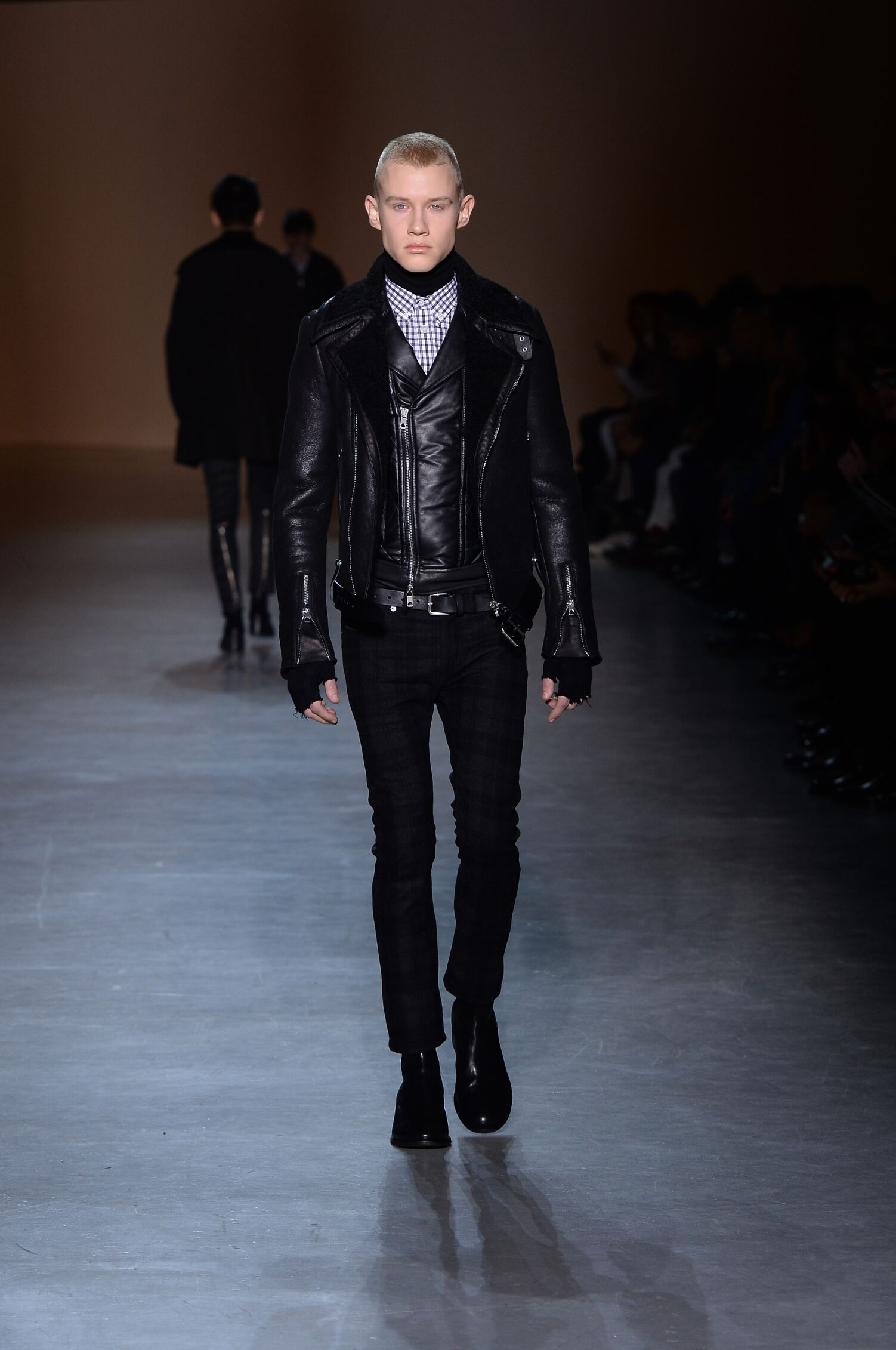 Fashion Man Model Diesel Black Gold Catwalk