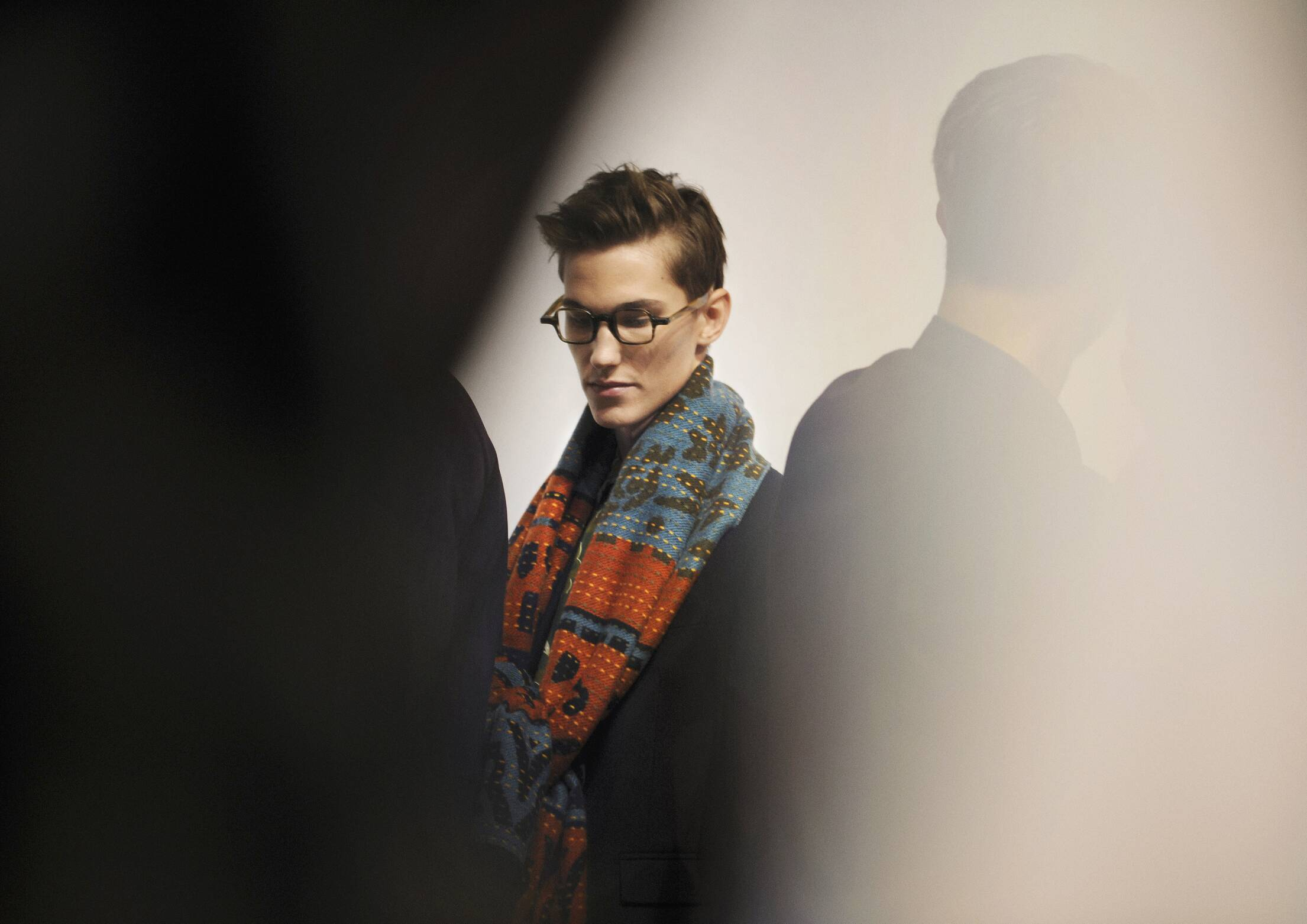 Model Burberry Prorsum Backstage