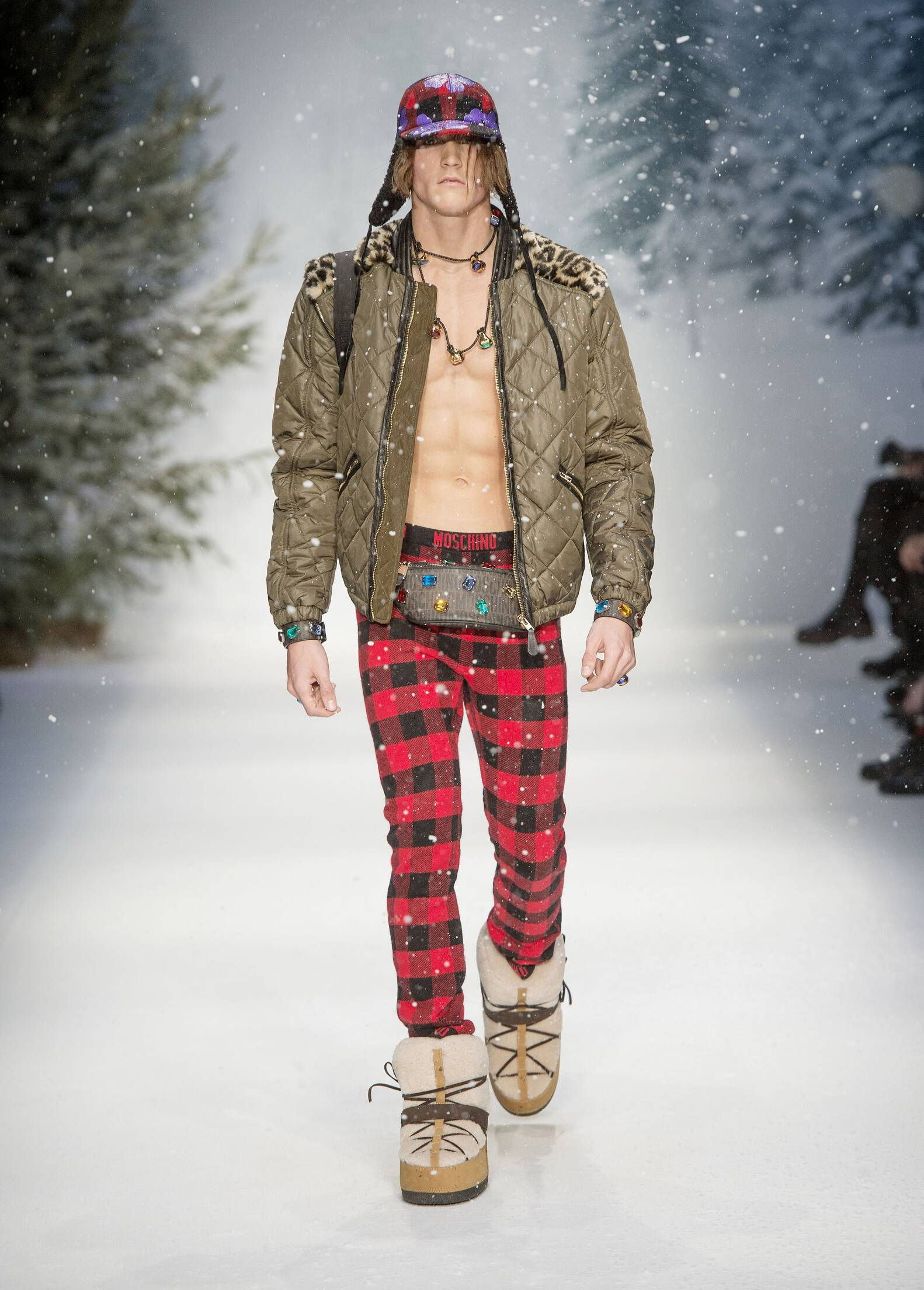 Moschino Fall 2015 Catwalk Menswear