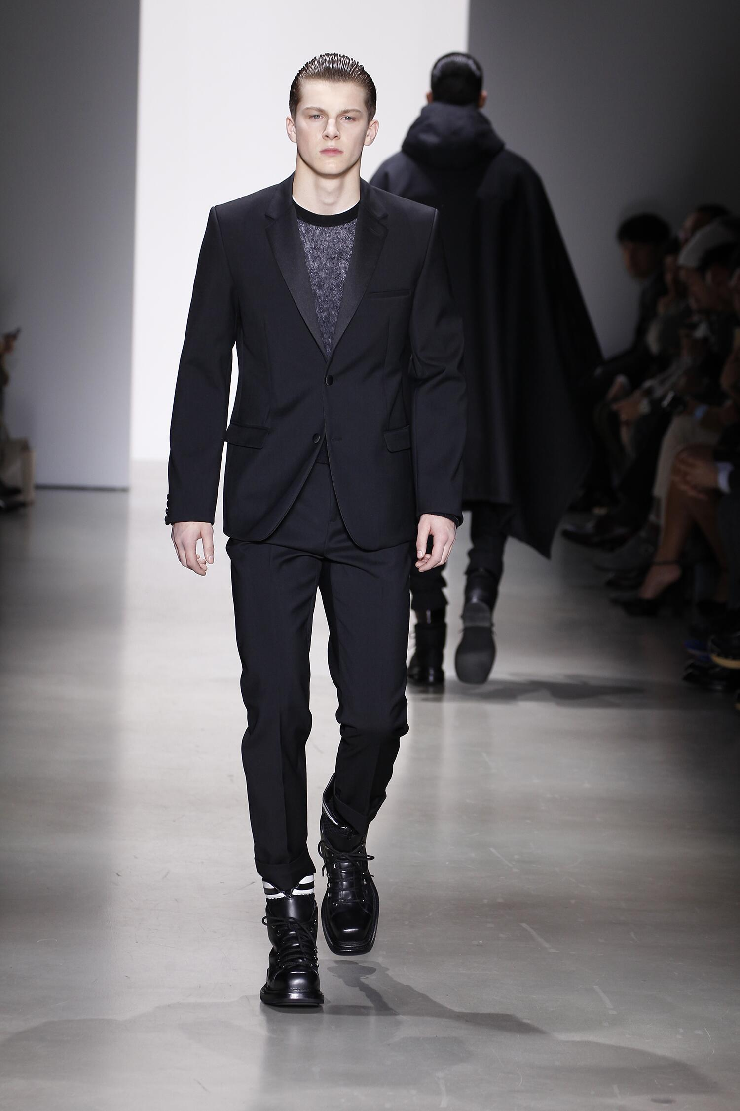 Runway Calvin Klein Fall Winter 2015 16 Men's Collection Milano Fashion Week