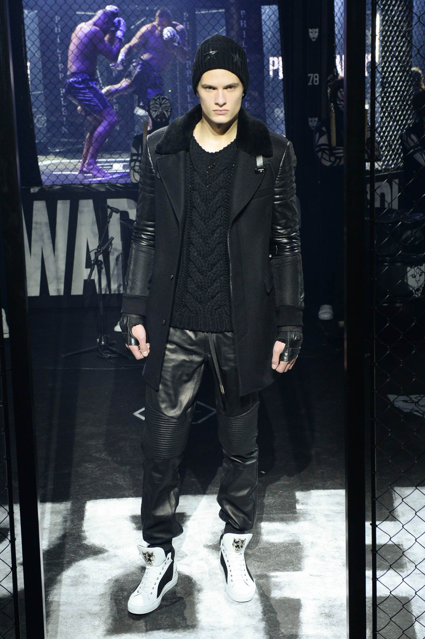 Runway Philipp Plein Fall Winter 2015 16 Men's Collection Milan Fashion Week