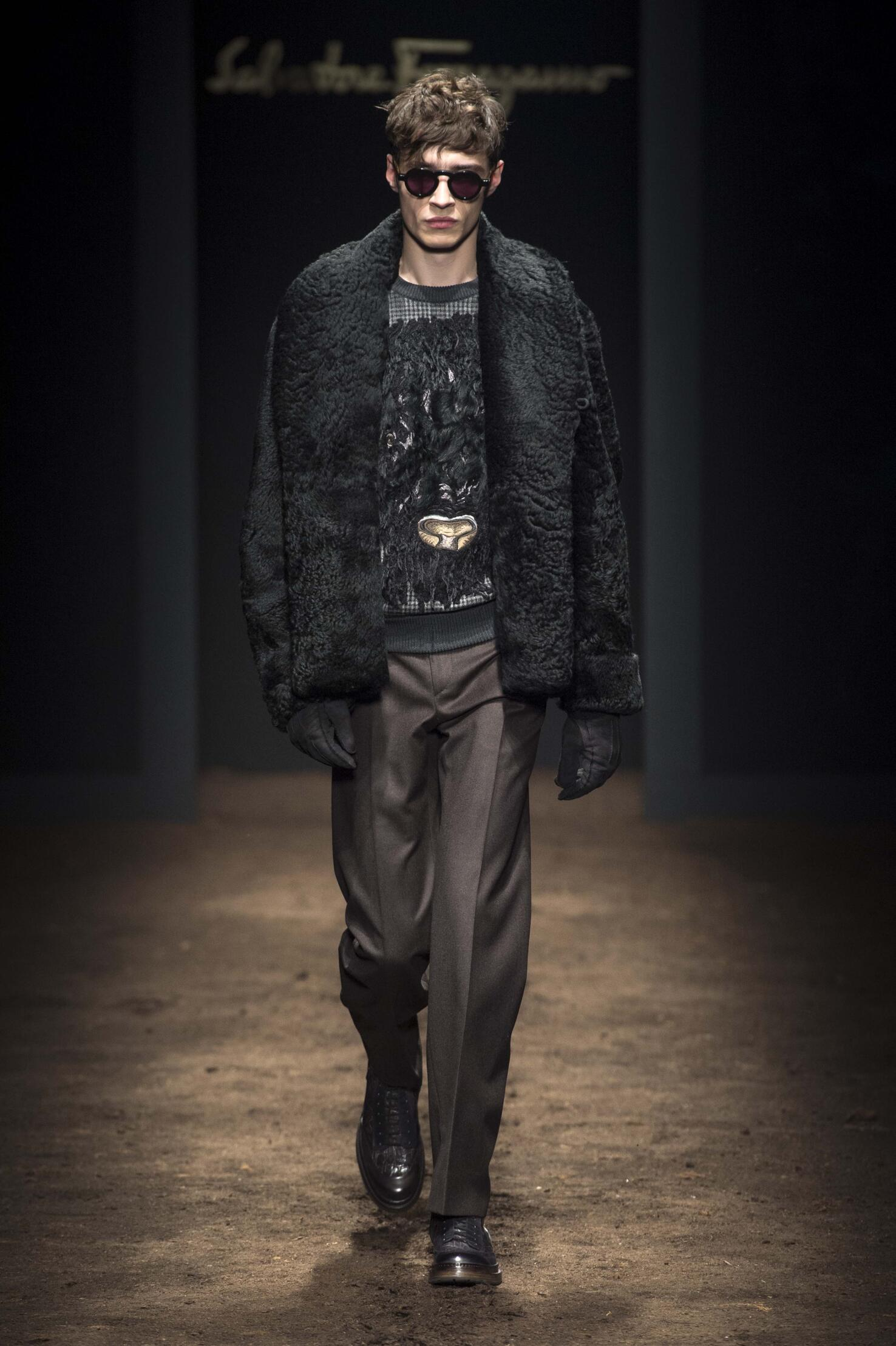 Runway Salvatore Ferragamo Fall Winter 2015 16 Men's Collection Milan Fashion Week