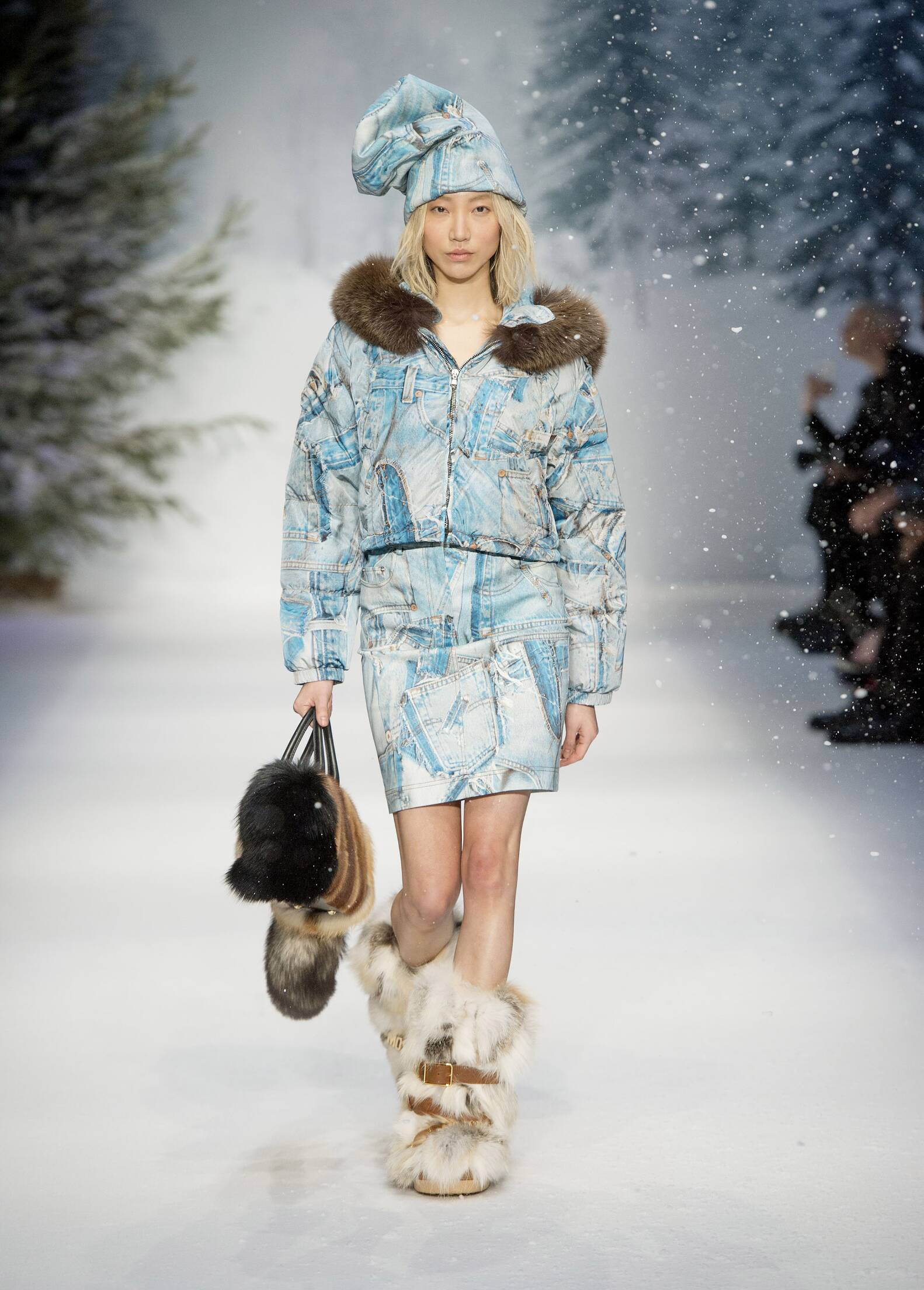 Winter 2015 Woman Trends Moschino