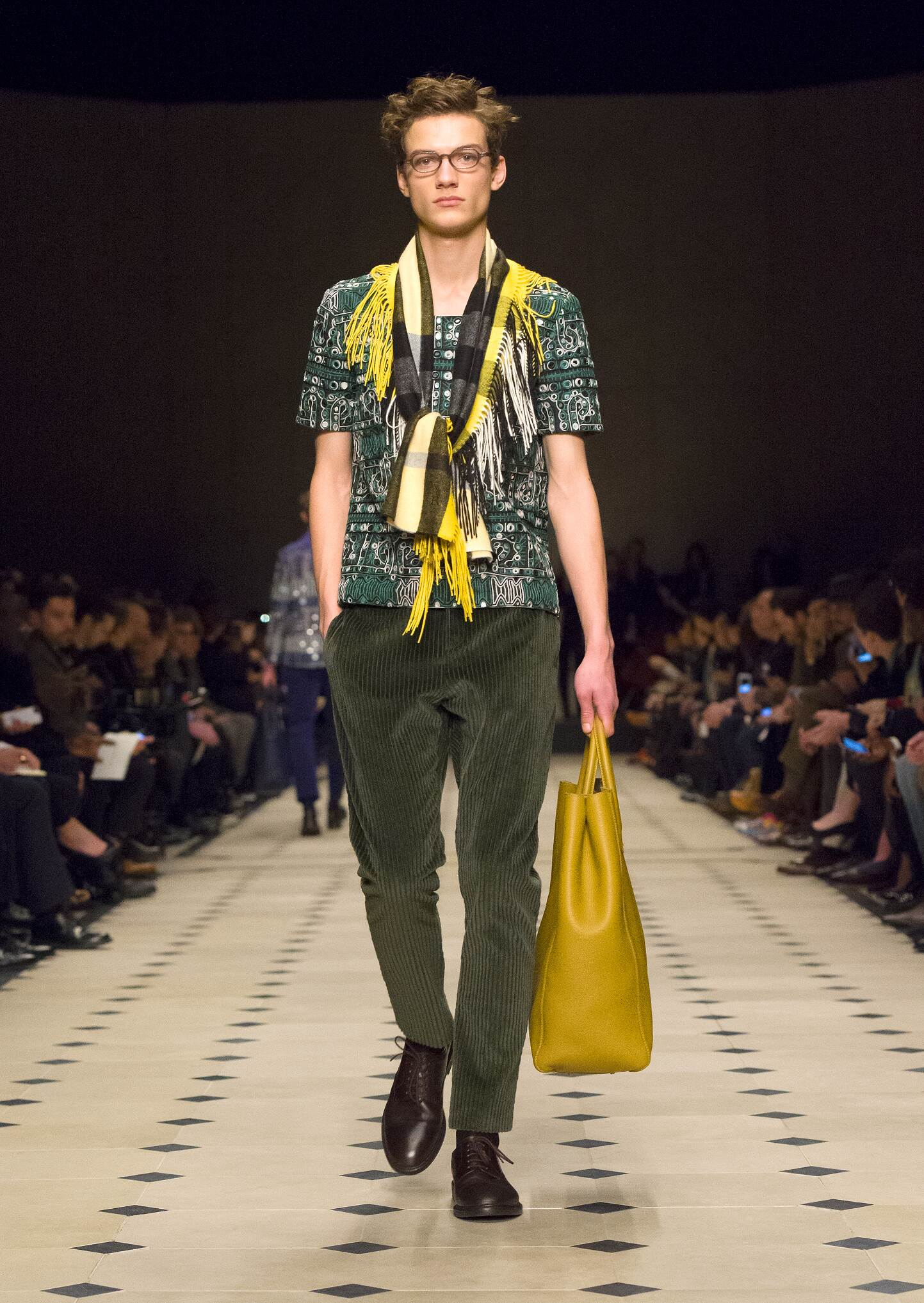Winter 2016 Fashion Trends Burberry Prorsum