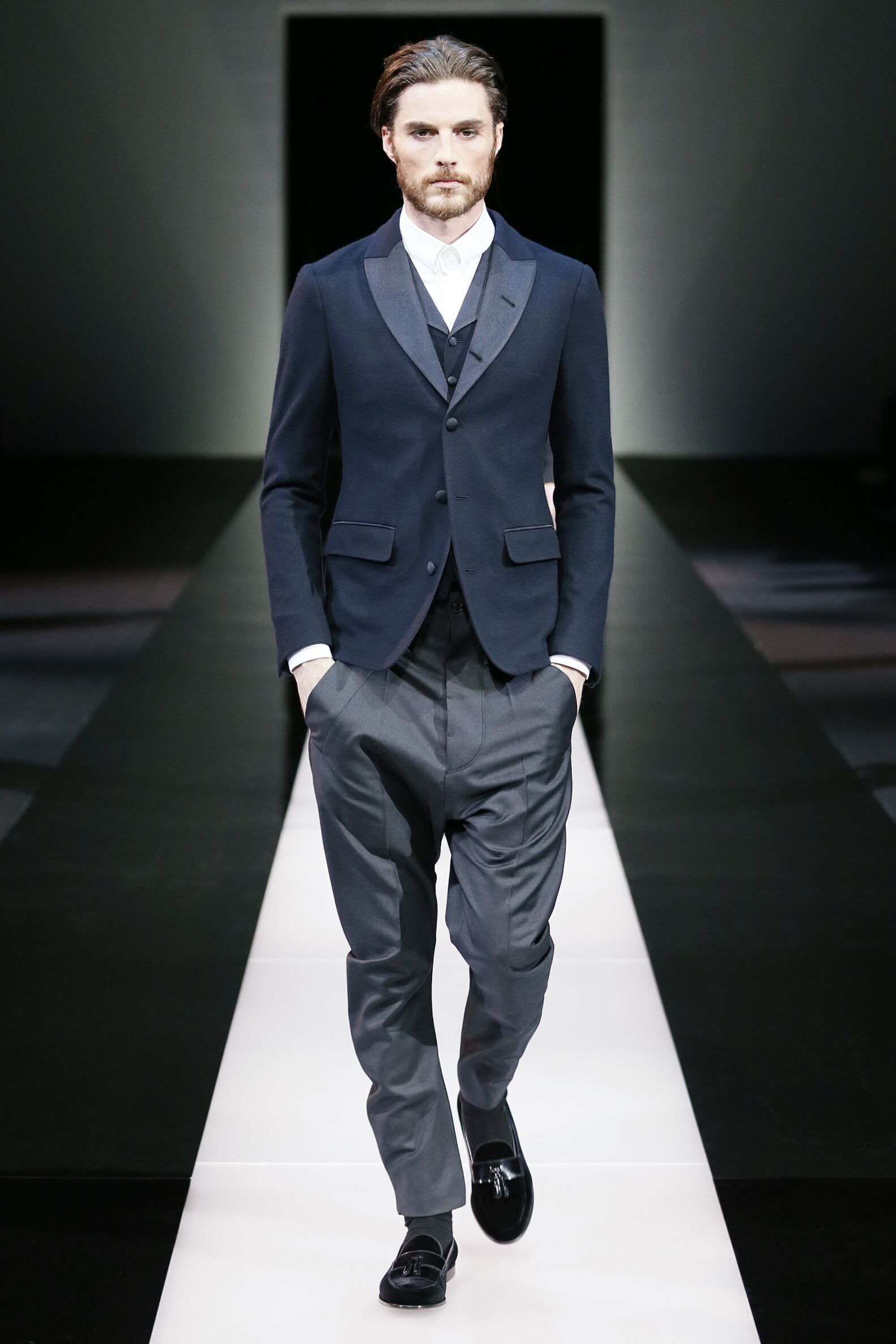 2015 16 Catwalk Giorgio Armani Fall Winter Men's Collection Milano Fashion Week