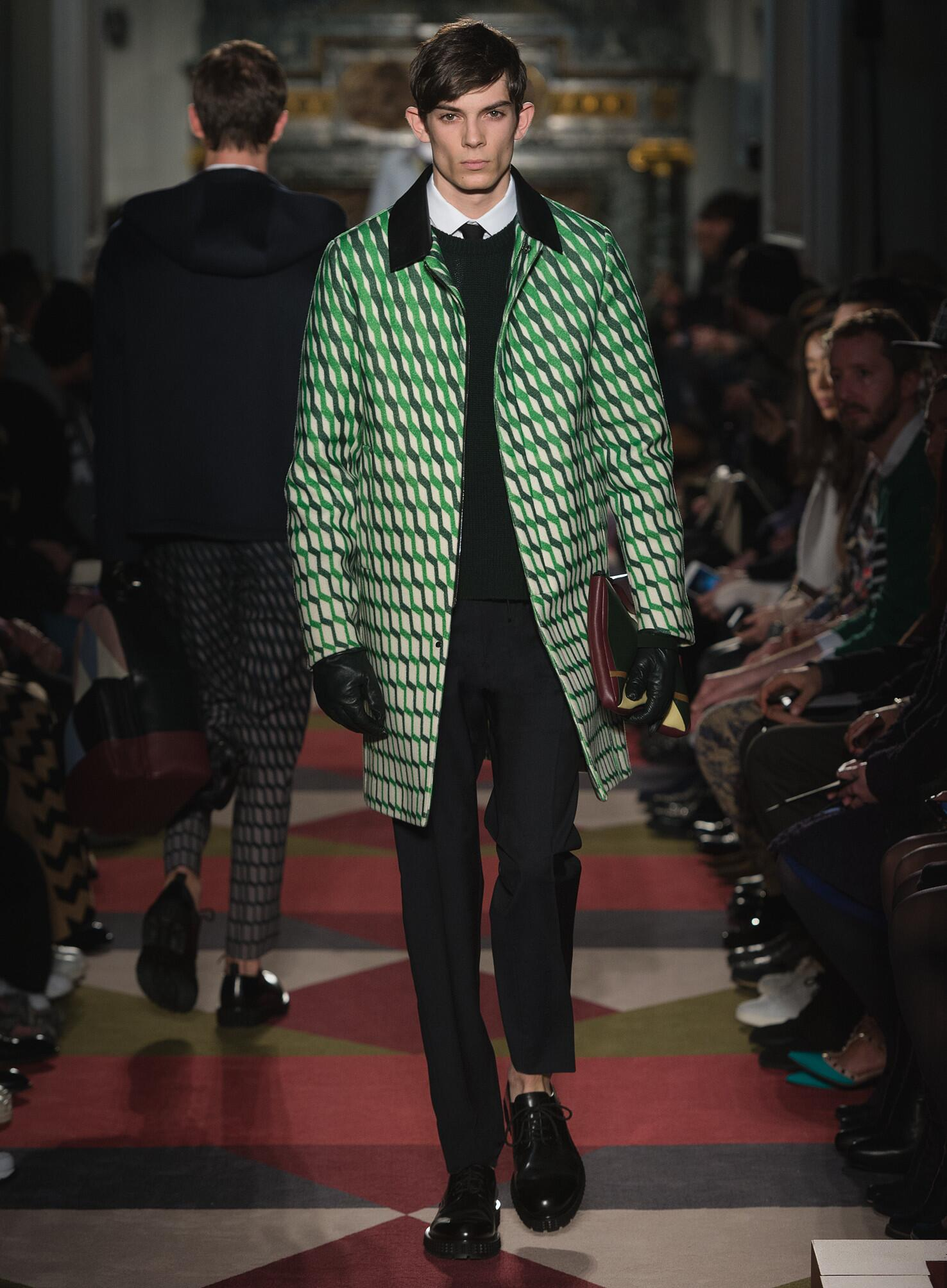 2015 Catwalk Valentino Collection Fashion Show Winter