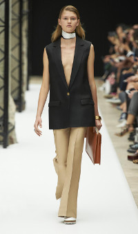 ACNE STUDIOS SPRING SUMMER 2015 WOMEN'S COLLECTION – PARIS FASHION WEEK
