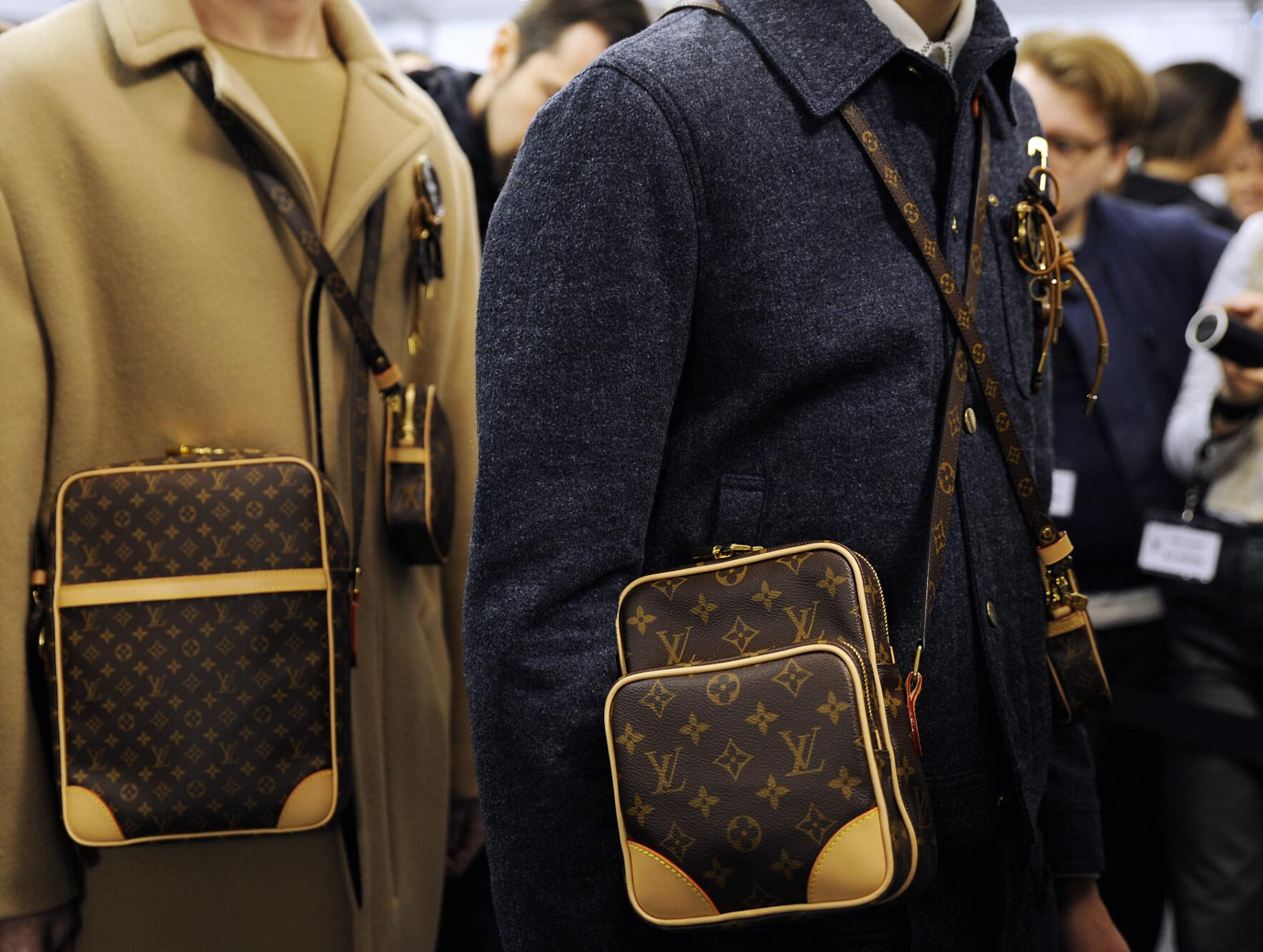 Backstage Louis Vuitton Details