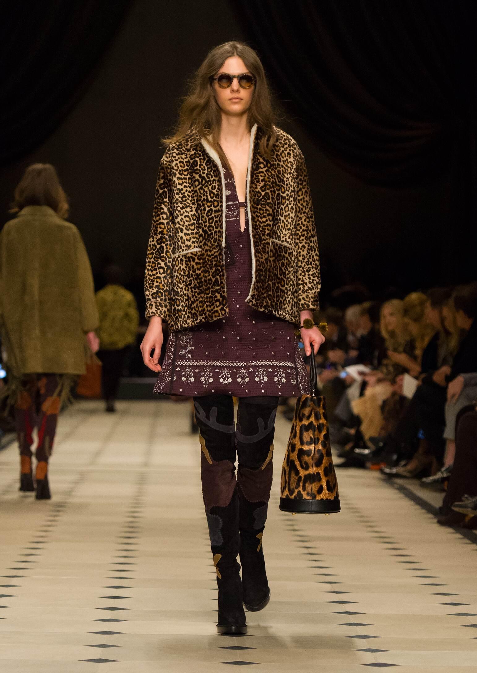 Burberry Prorsum Collection Winter 2015 Catwalk