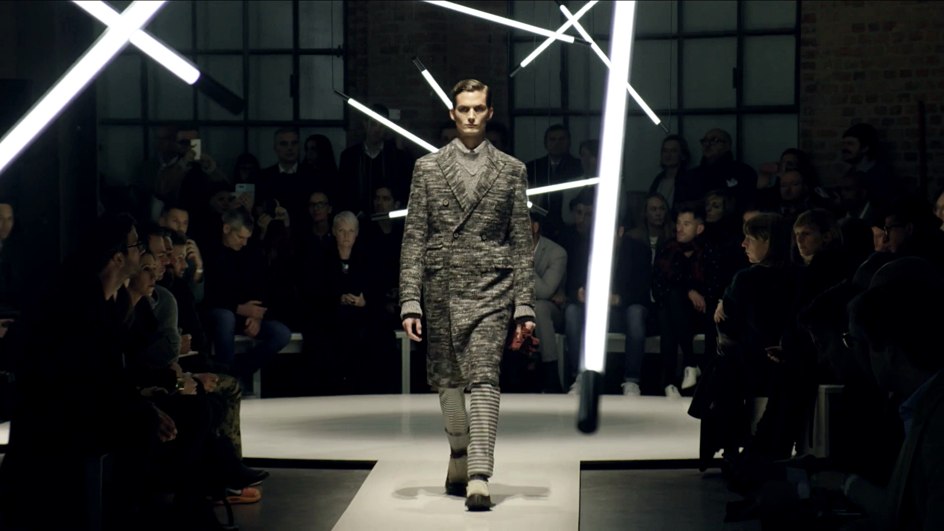 Canali Fall Winter 2015-16 Men's Fashion Show - Milan Fashion Week
