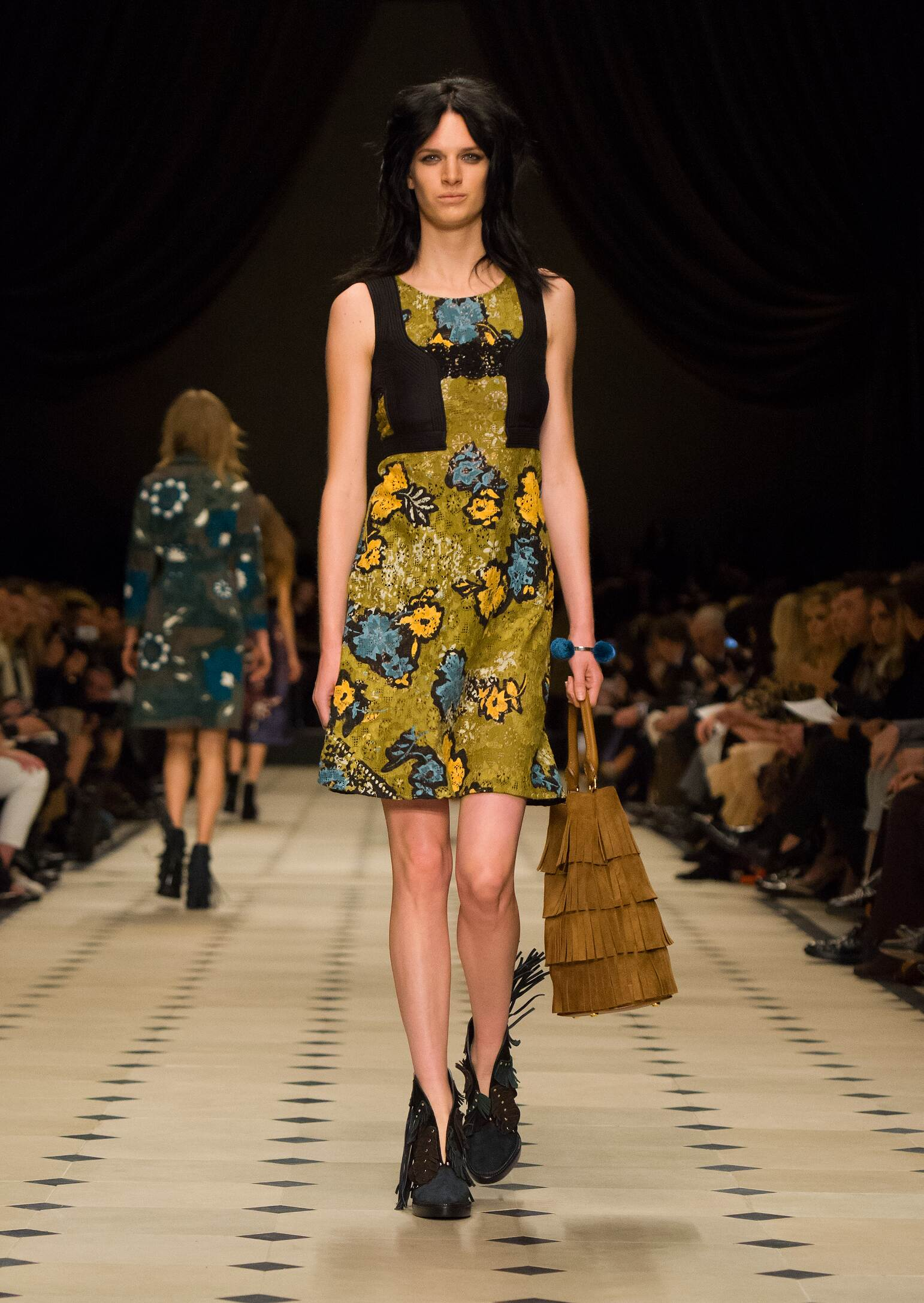Catwalk Burberry Prorsum Womenswear Collection Winter 2015