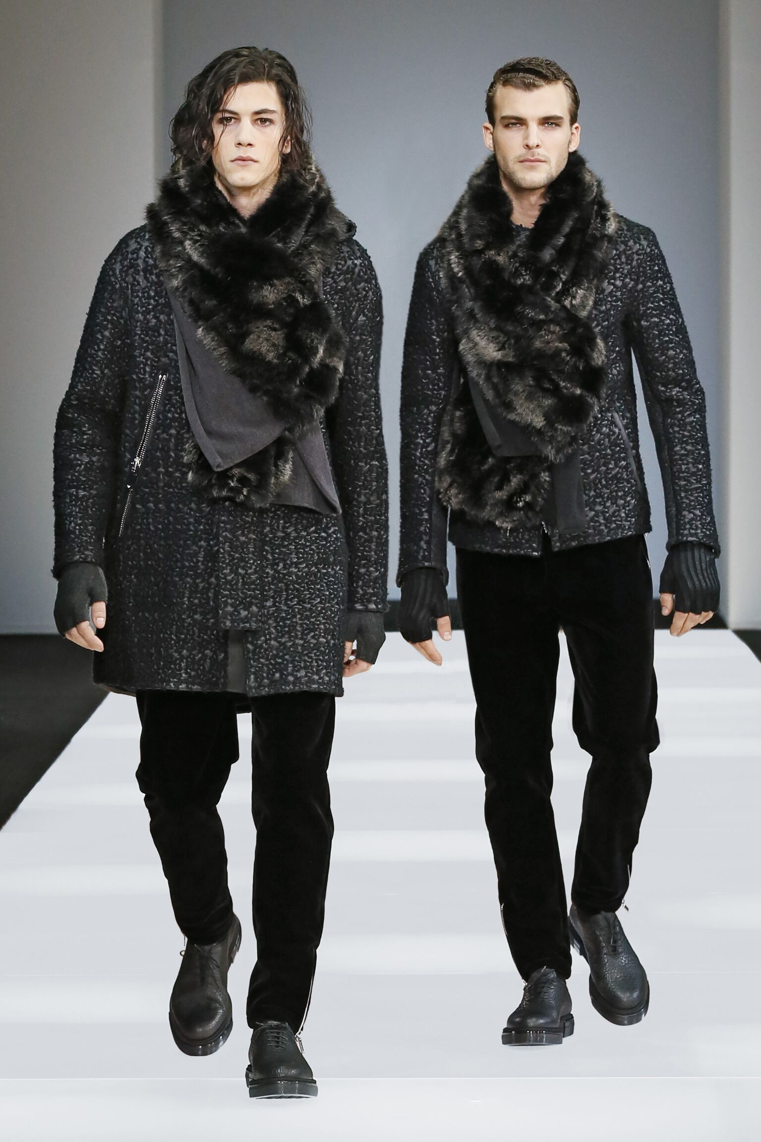 Catwalk Emporio Armani Fall Winter 2015 16 Men's Collection Milano Fashion Week