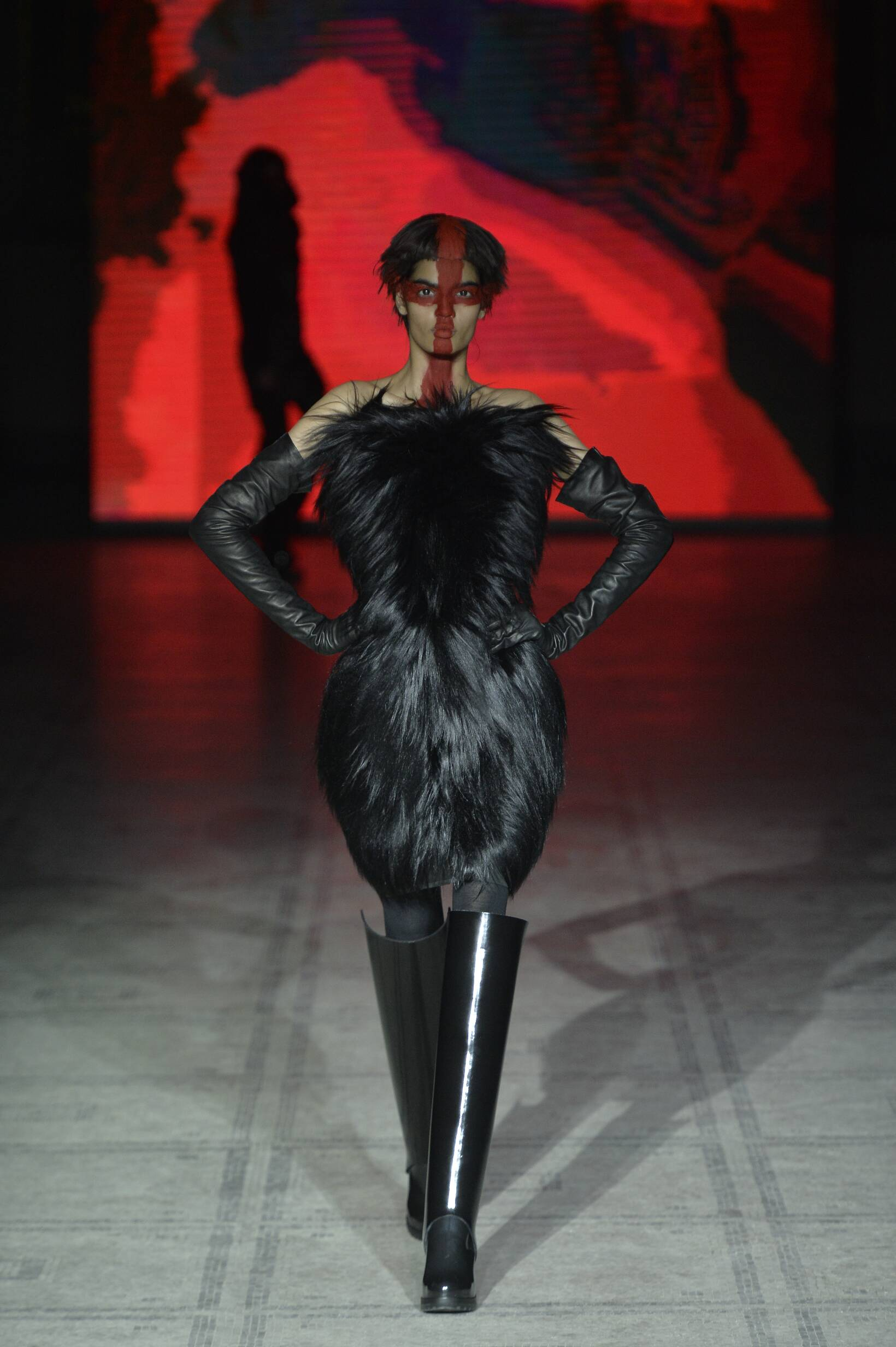 Catwalk Gareth Pugh Collection Fashion Show Winter 2015