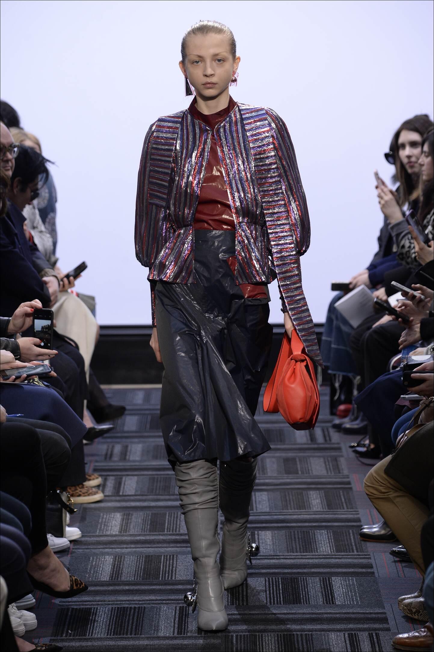 Catwalk J.W. Anderson Fall Winter 2015 16 Women's Collection London Fashion Week