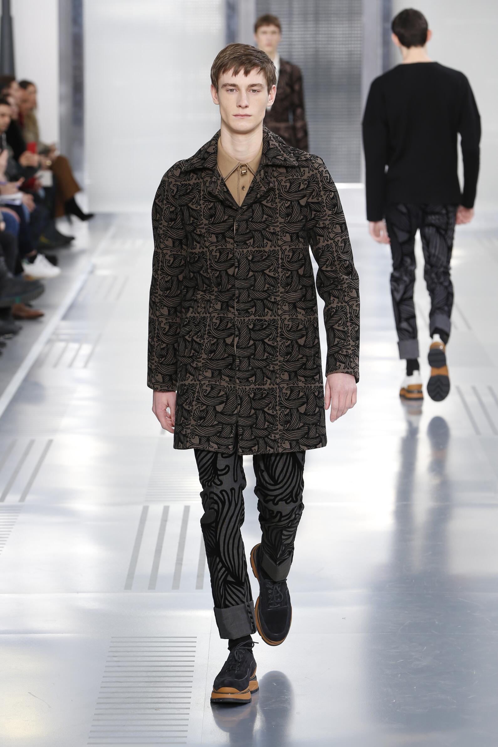 Catwalk Louis Vuitton Collection Fashion Show Winter 2015