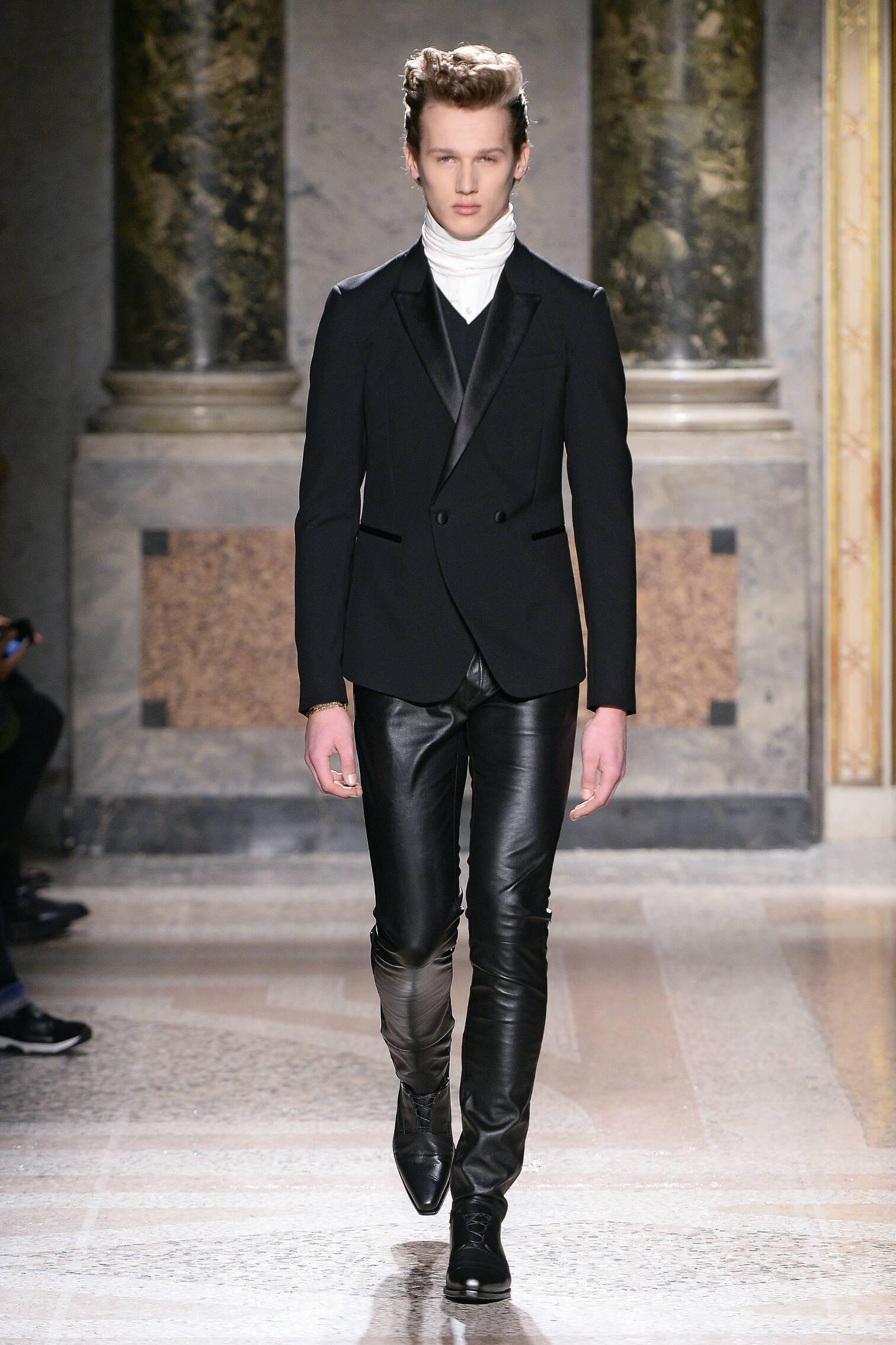 Catwalk Roberto Cavalli Collection Fashion Show Winter 2015