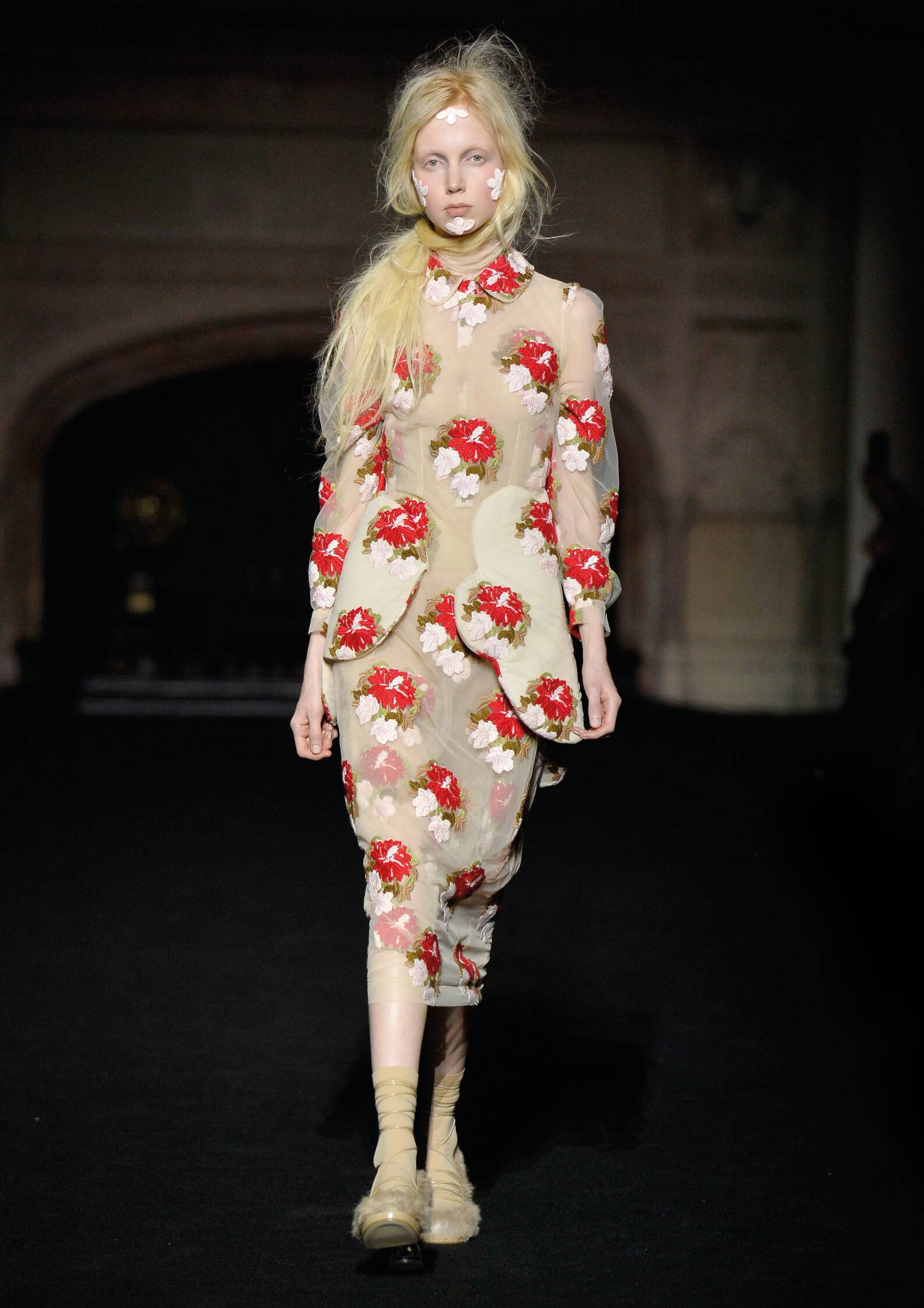 Catwalk Simone Rocha Fall Winter 2015 16 Women's Collection London Fashion Week