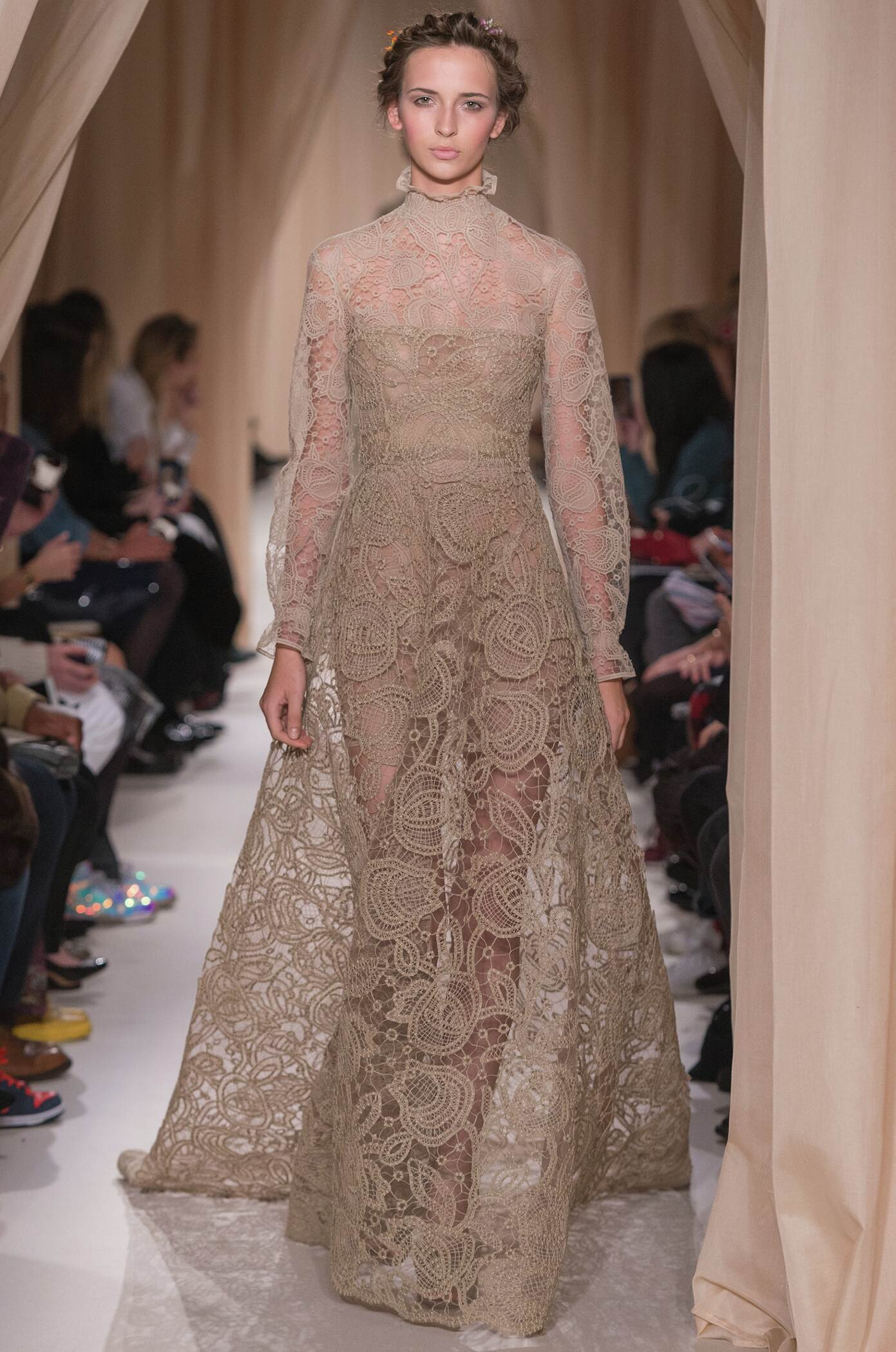 Catwalk Valentino Haute Couture Collection Fashion Show Summer 2015