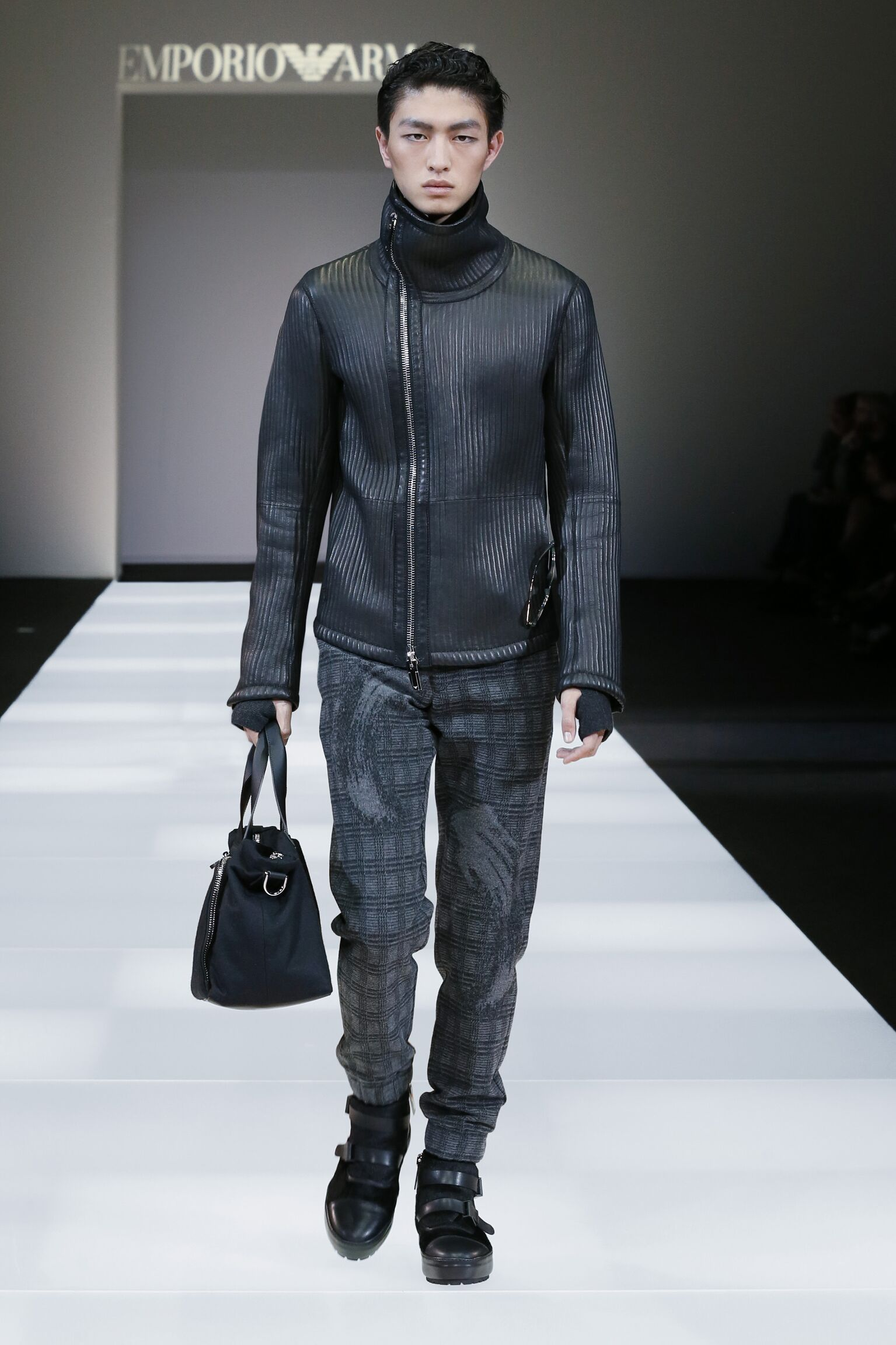 Emporio Armani Collection Fashion Show FW 2015 2016