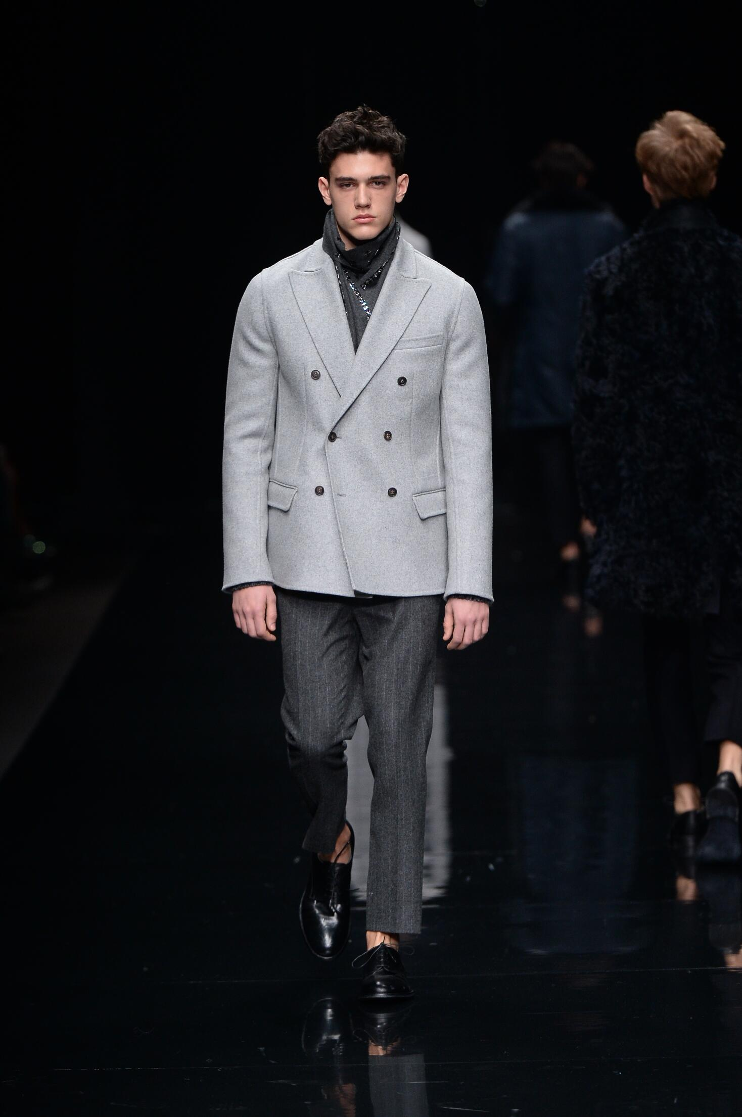 Ermanno Scervino Collection Fashion Show FW 2015 2016