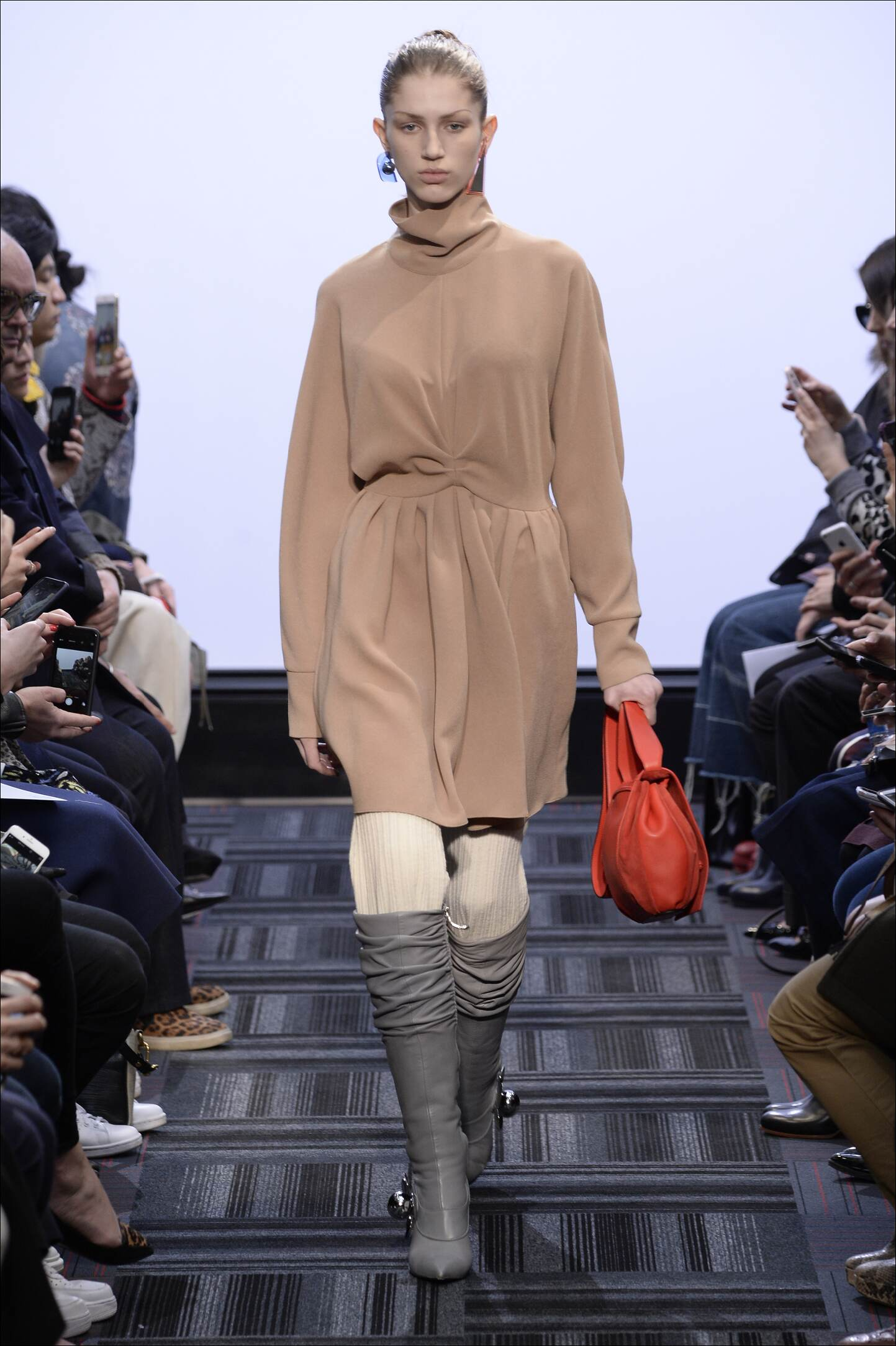 Fall 2015 Fashion Trends J.W. Anderson Collection