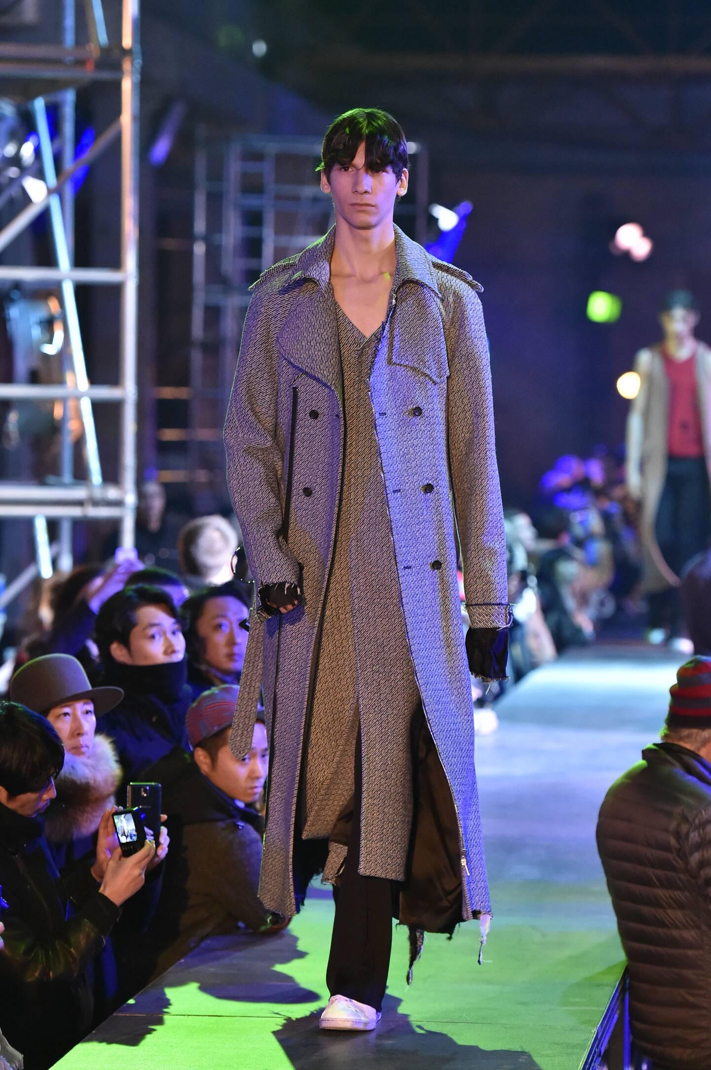 Fall 2015 Fashion Trends Raf Simons Collection