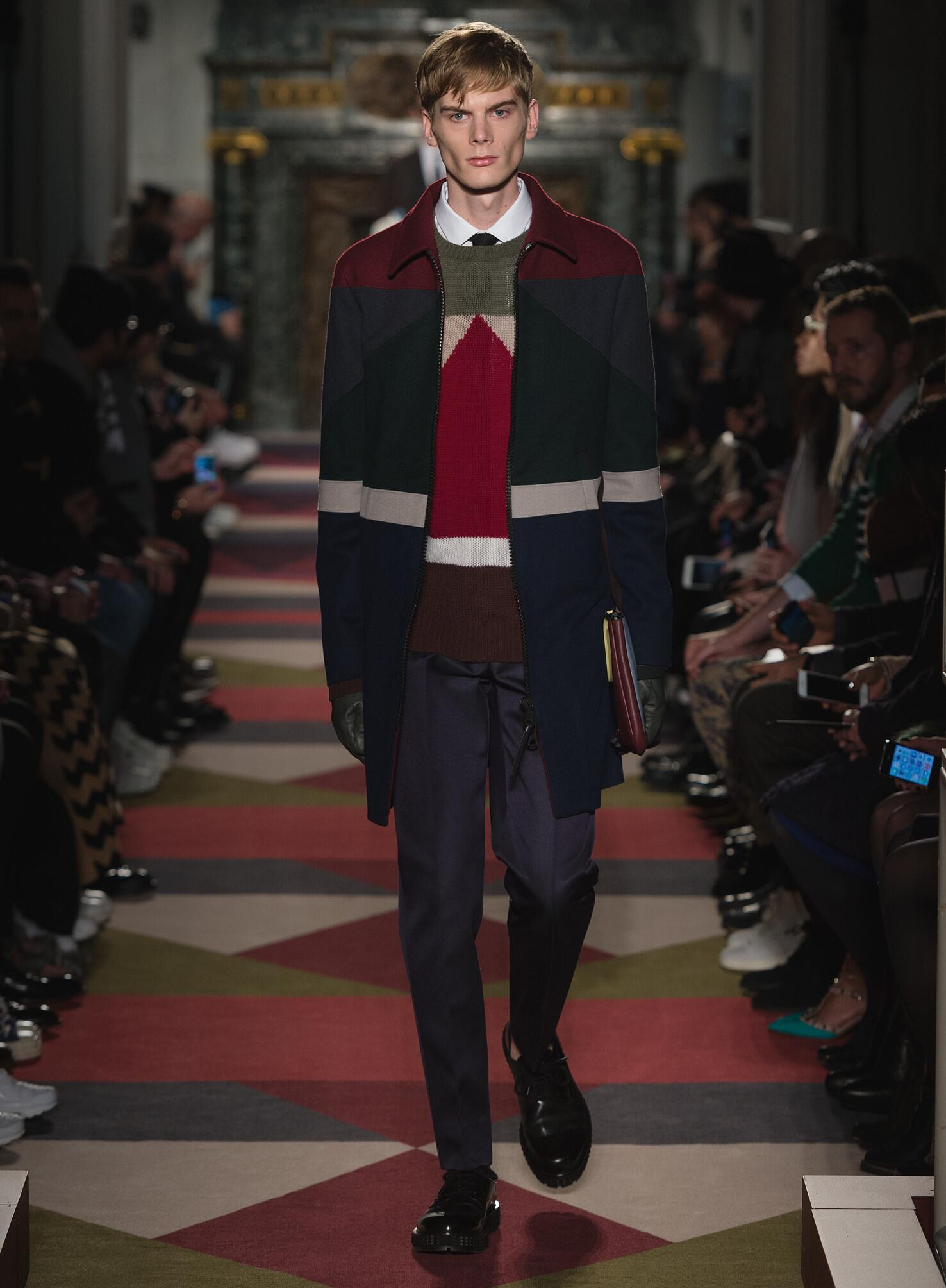 Fall 2015 Men Fashion Show Valentino Collection