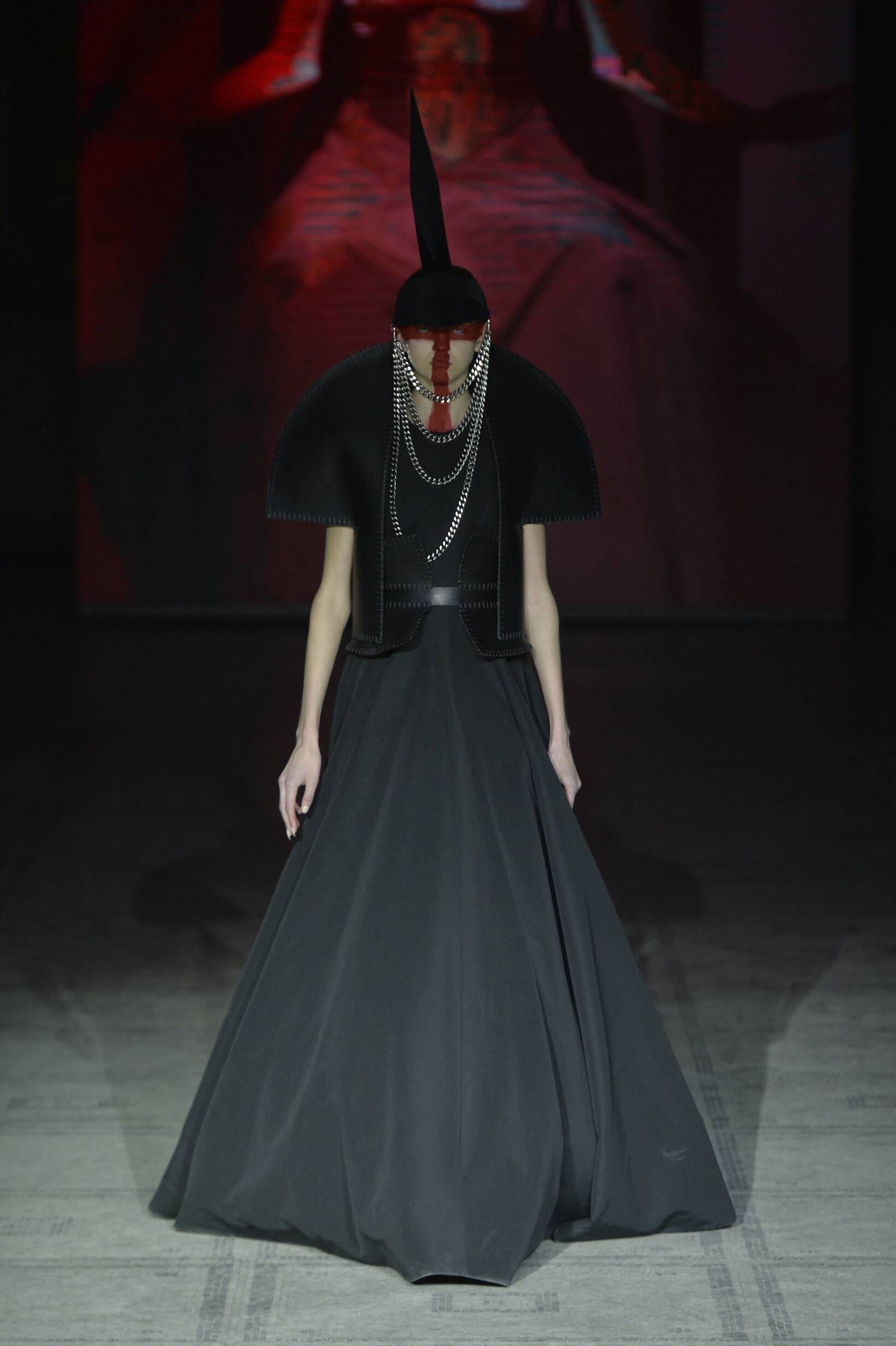 Fall Fashion 2015 2016 Gareth Pugh Collection