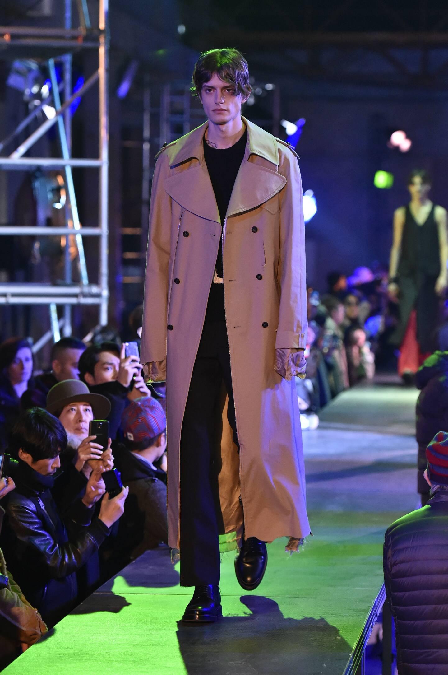 Fall Fashion 2015 2016 Raf Simons Collection