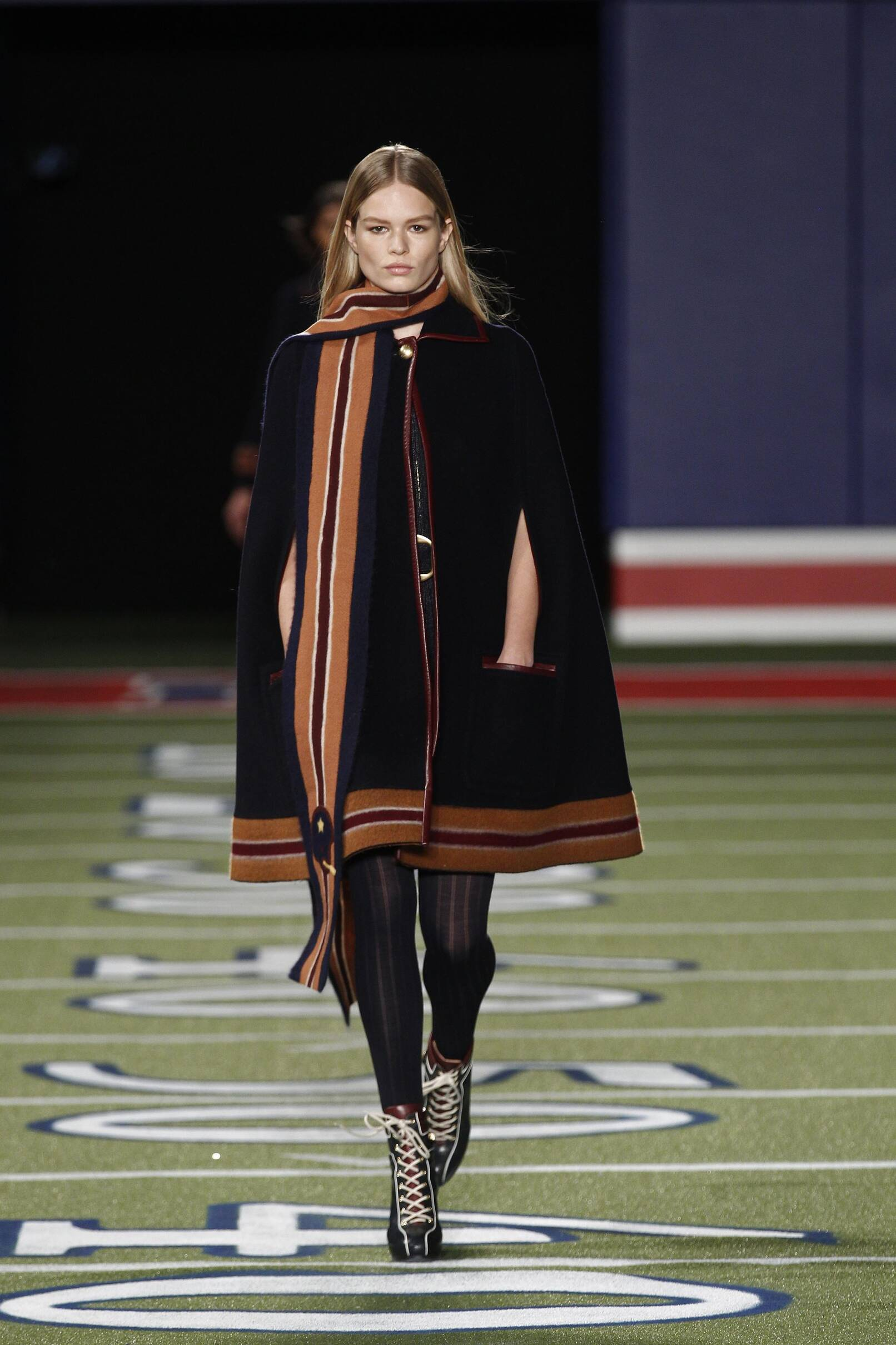 Fall Fashion Woman Tommy Hilfiger Collection