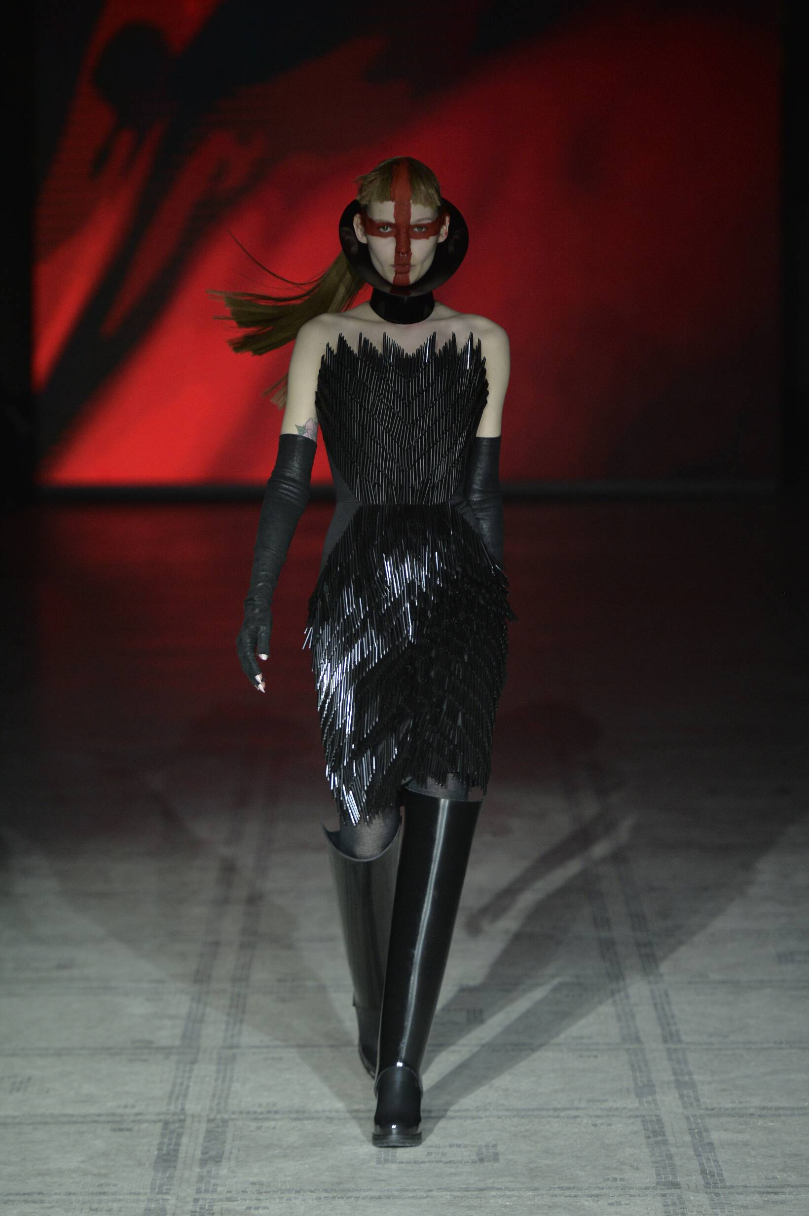 Fall Gareth Pugh Collection Fashion Woman Model