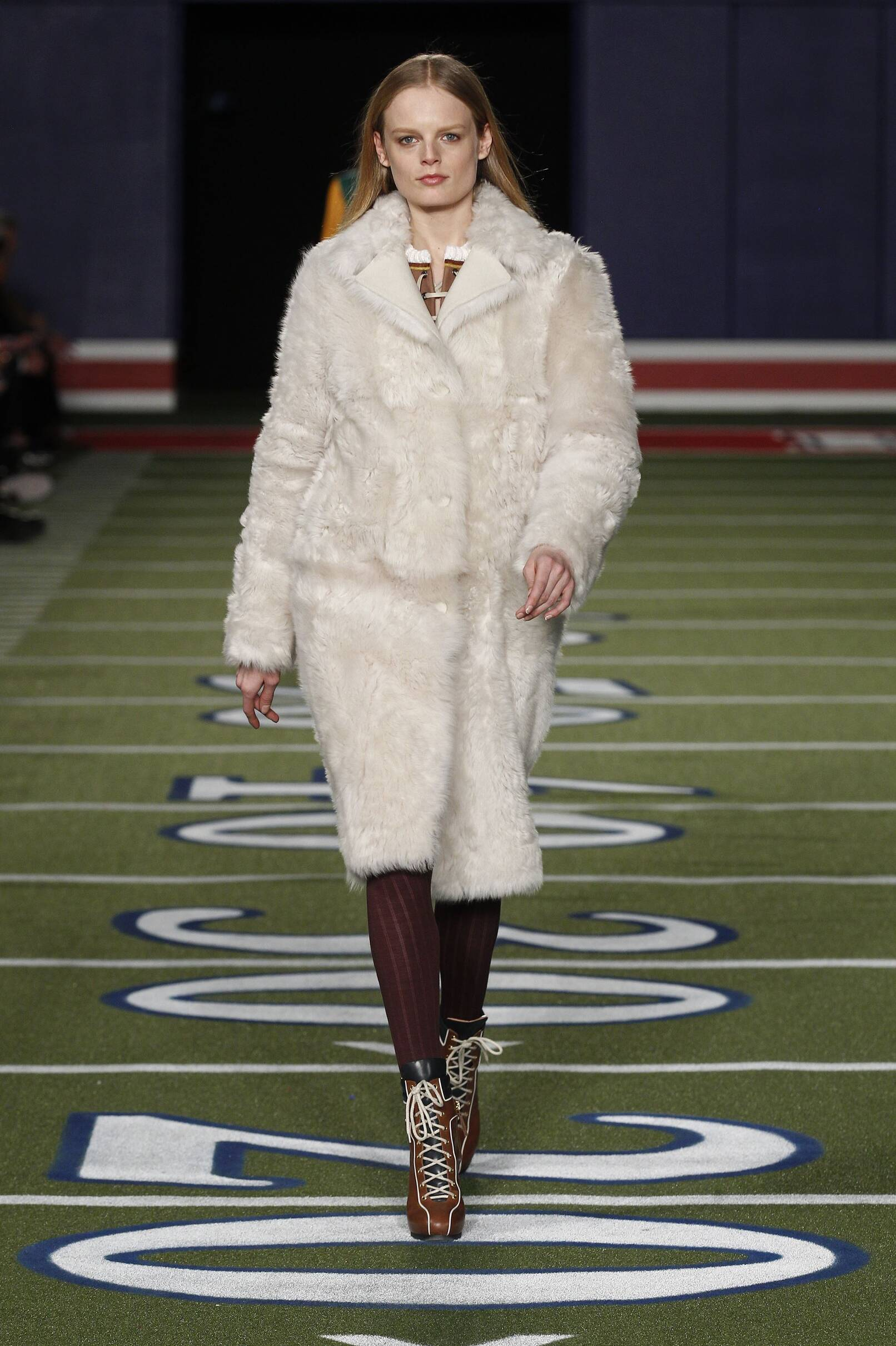Fall Tommy Hilfiger Collection Fashion Women Model