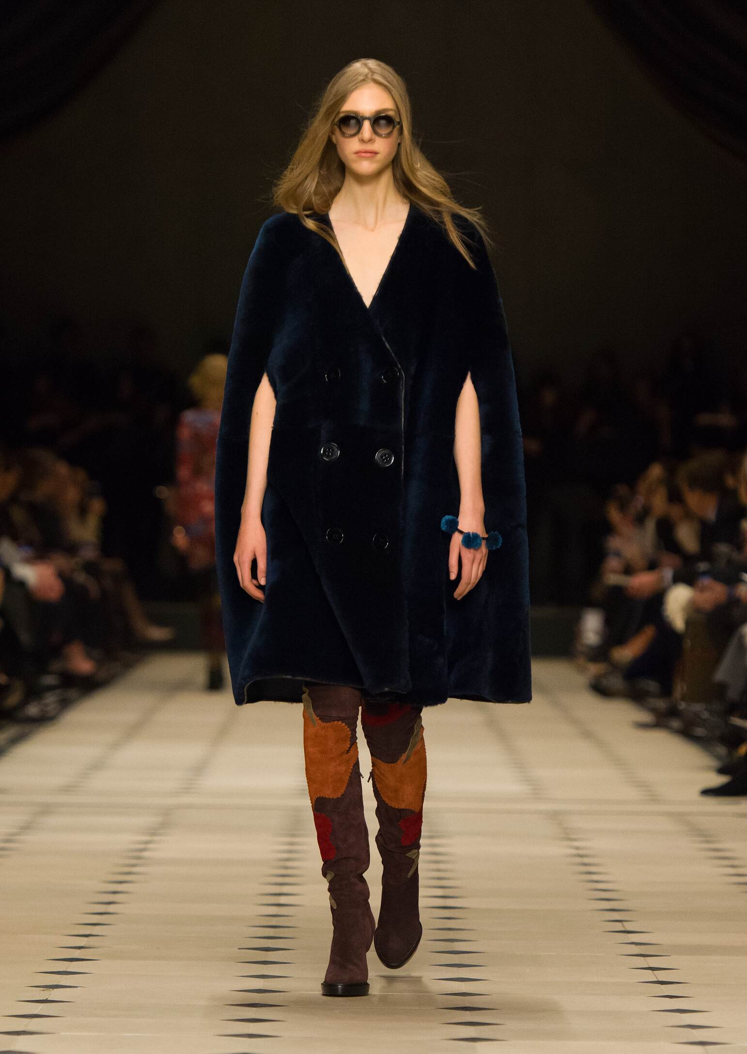 Fall Winter 2015 16 Fashion Collection Burberry Prorsum