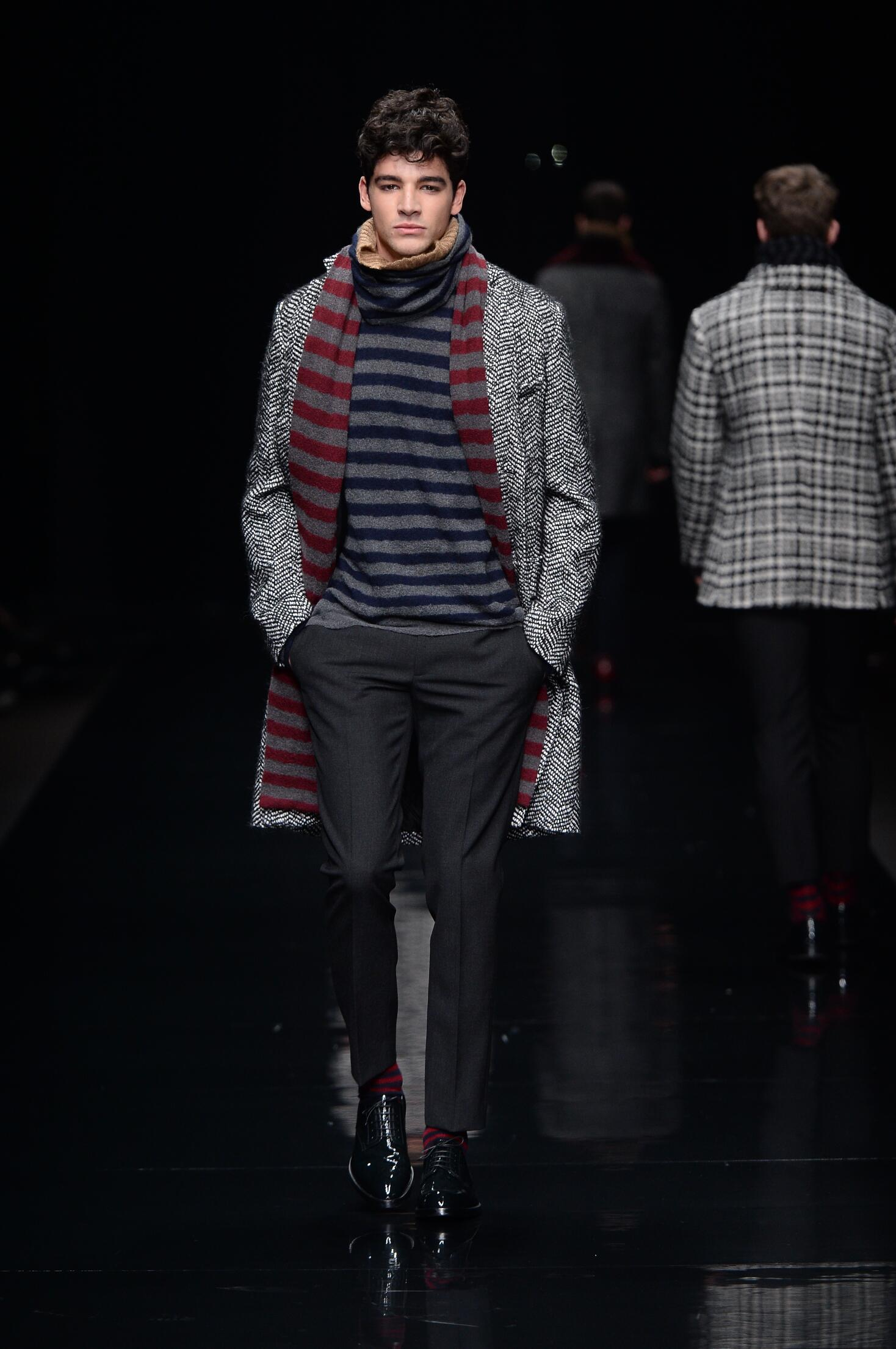 Fall Winter 2015 16 Fashion Collection Ermanno Scervino