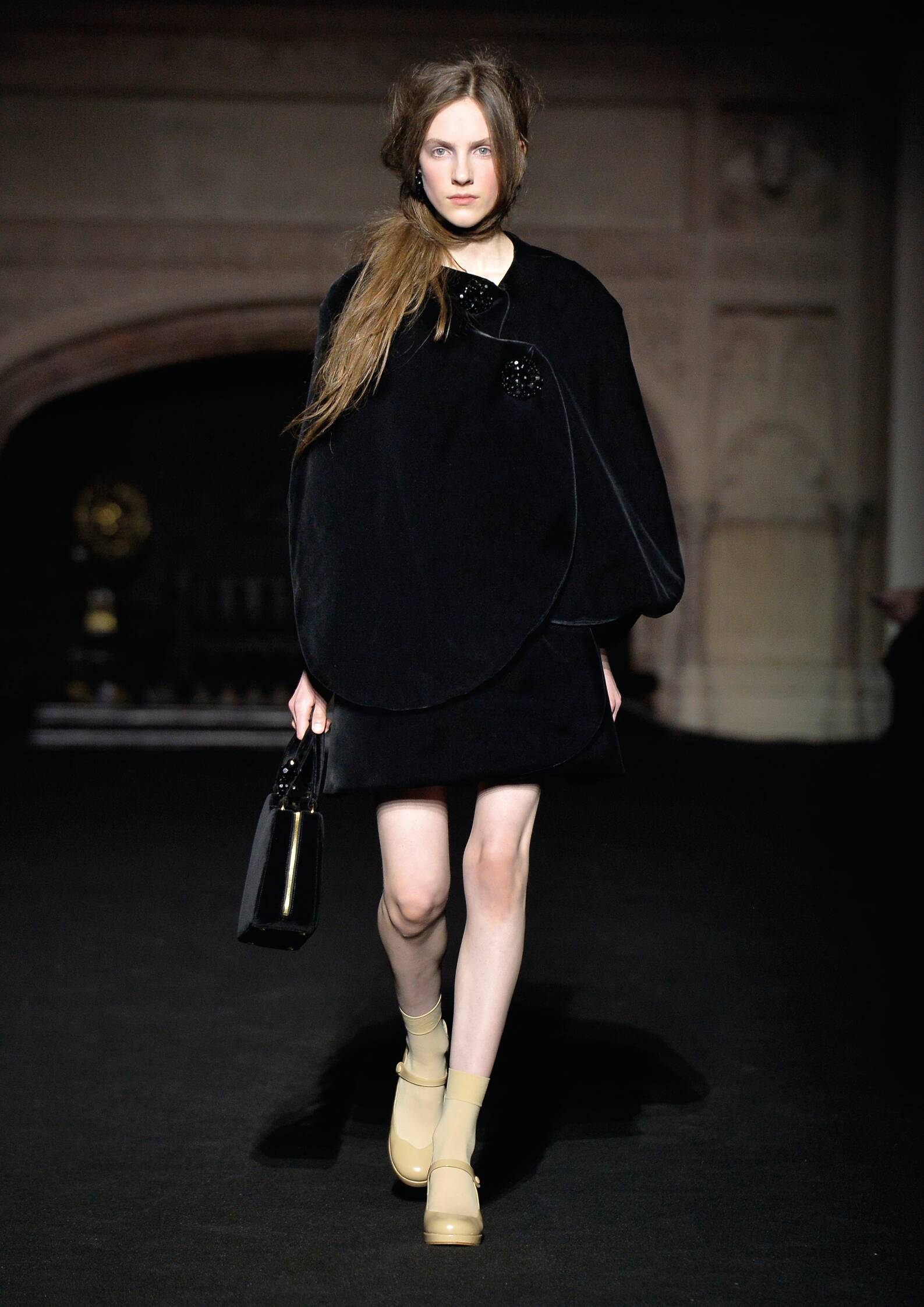 Fall Winter 2015 16 Fashion Collection Simone Rocha