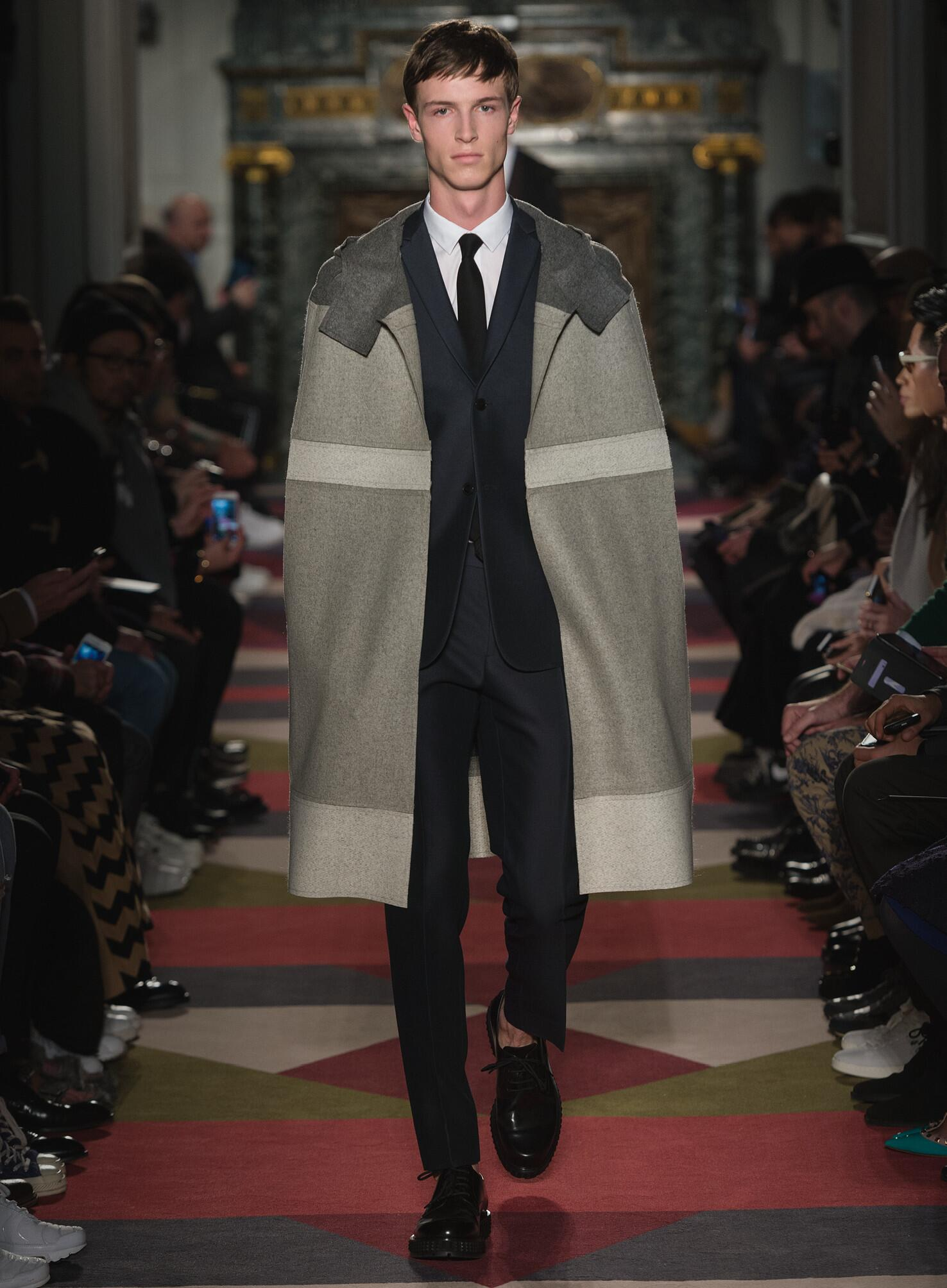 Fall Winter 2015 16 Fashion Collection Valentino