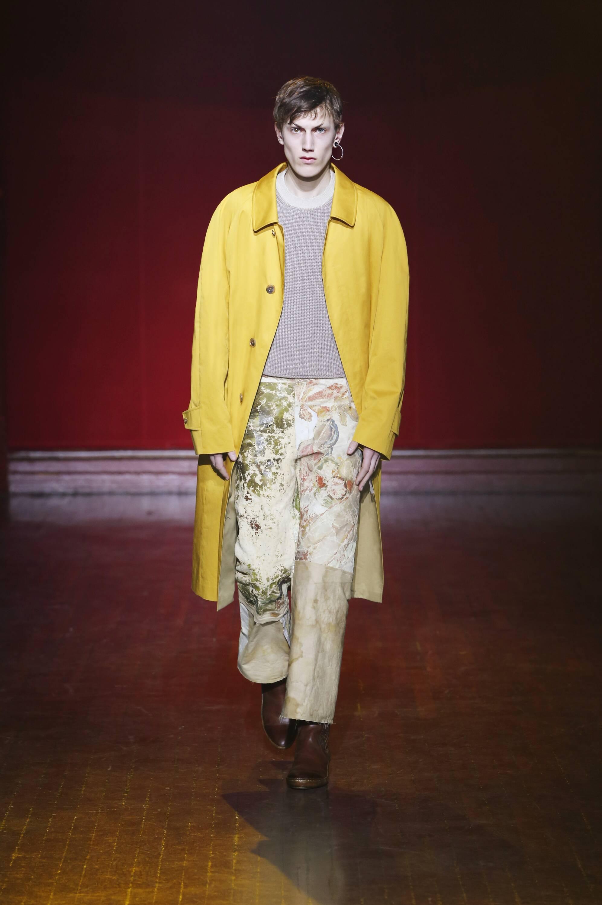 Fashion Man Model Maison Margiela Collection Catwalk