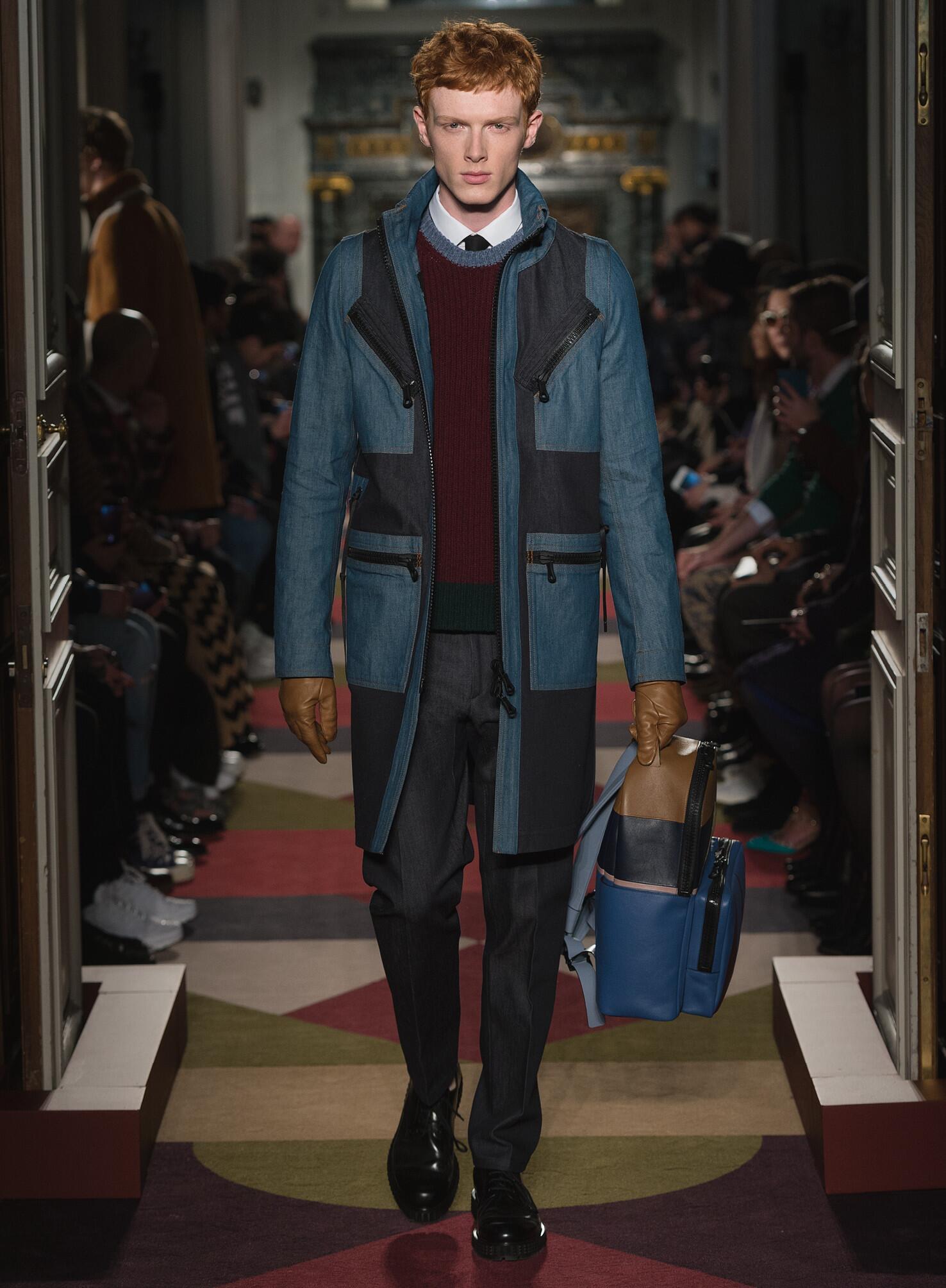 Fashion Man Model Valentino Collection Catwalk