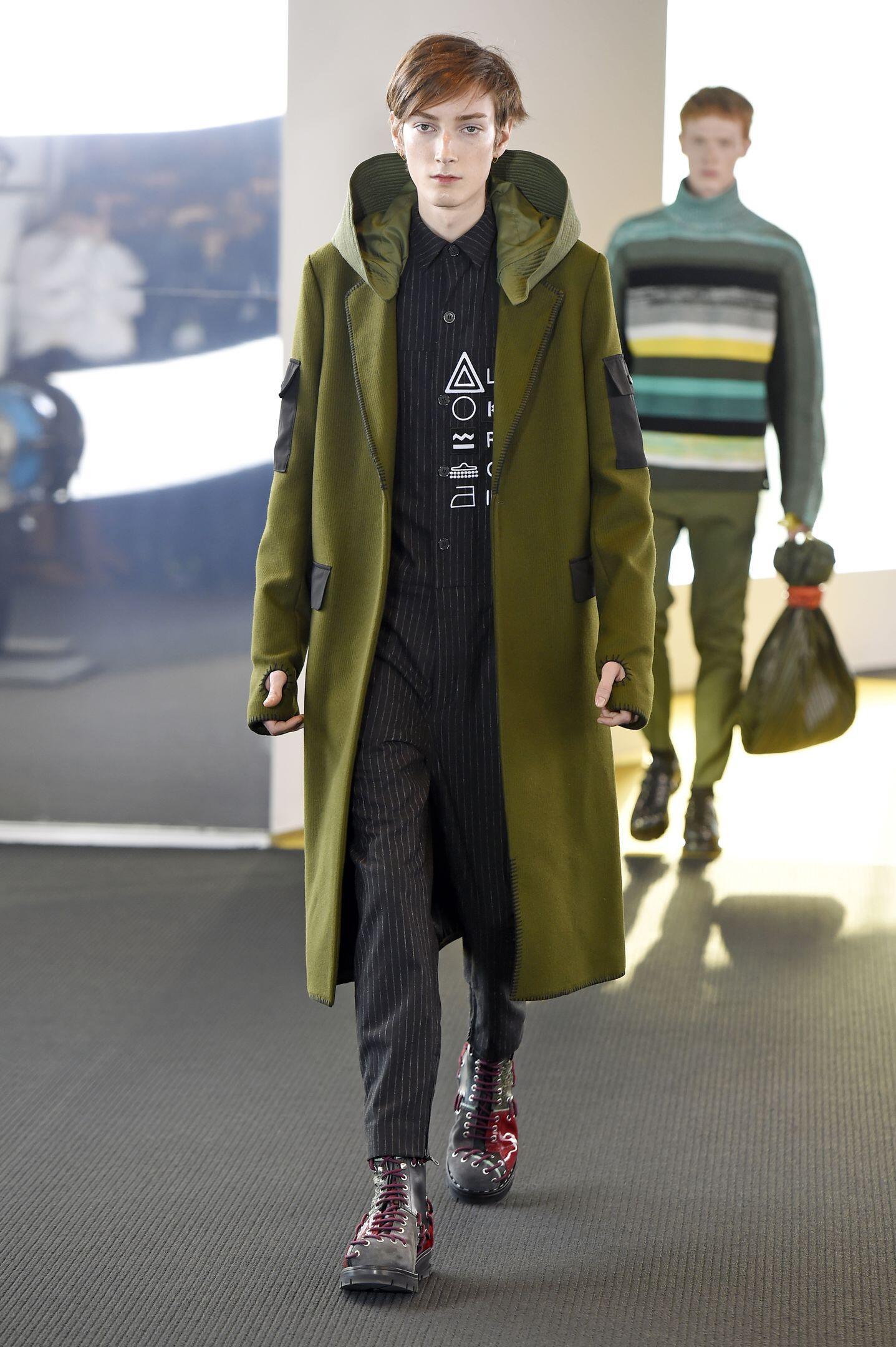 Fashion Model Kenzo Collection Catwalk
