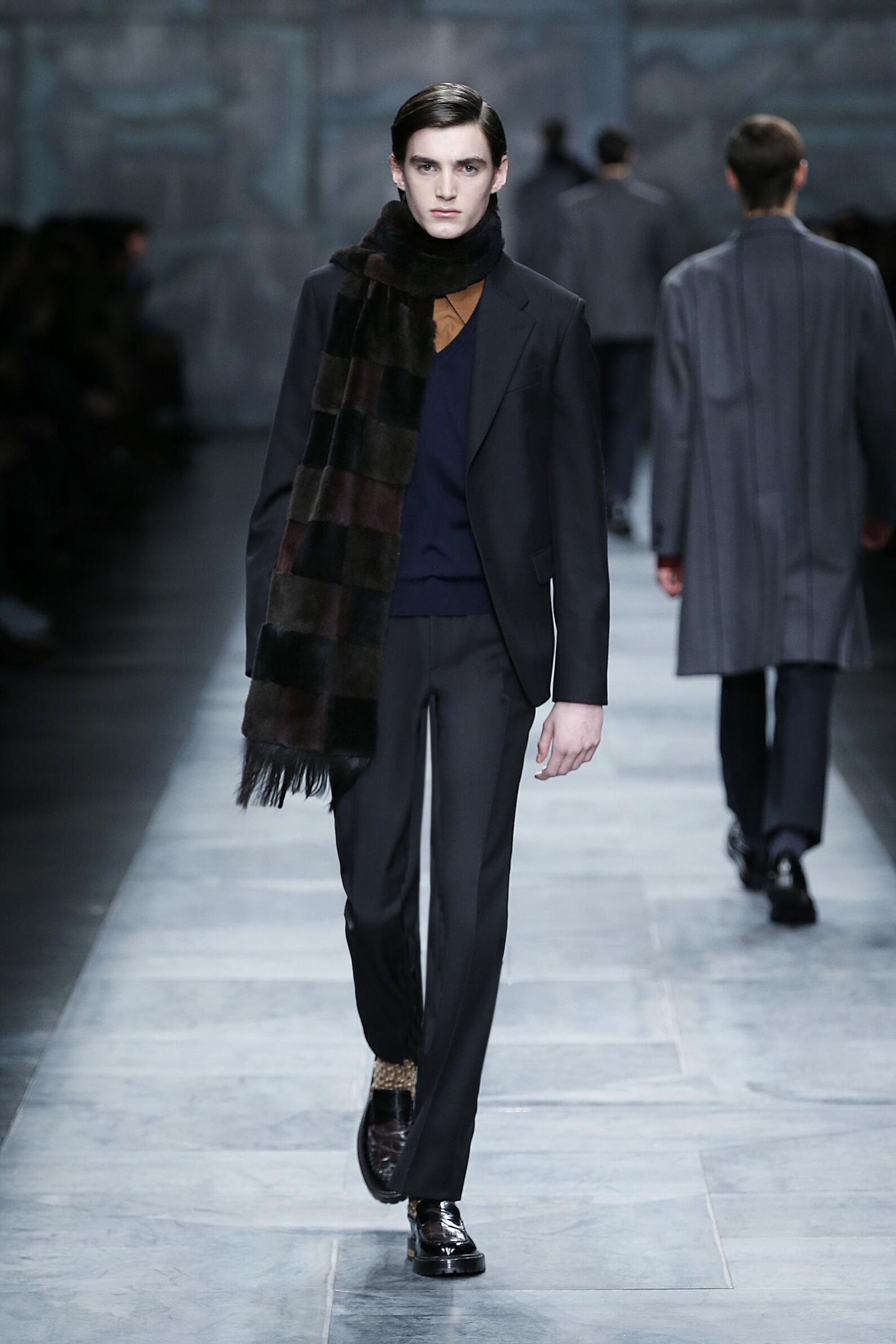 Fashion Show FW 2015 2016 Fendi