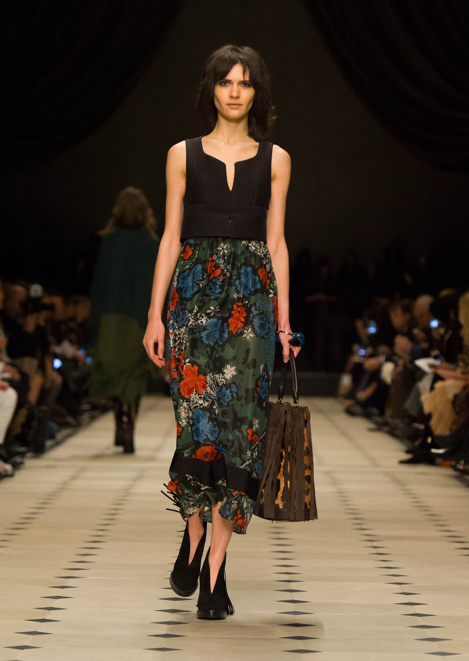 Fashion Woman Model Burberry Prorsum Collection Catwalk
