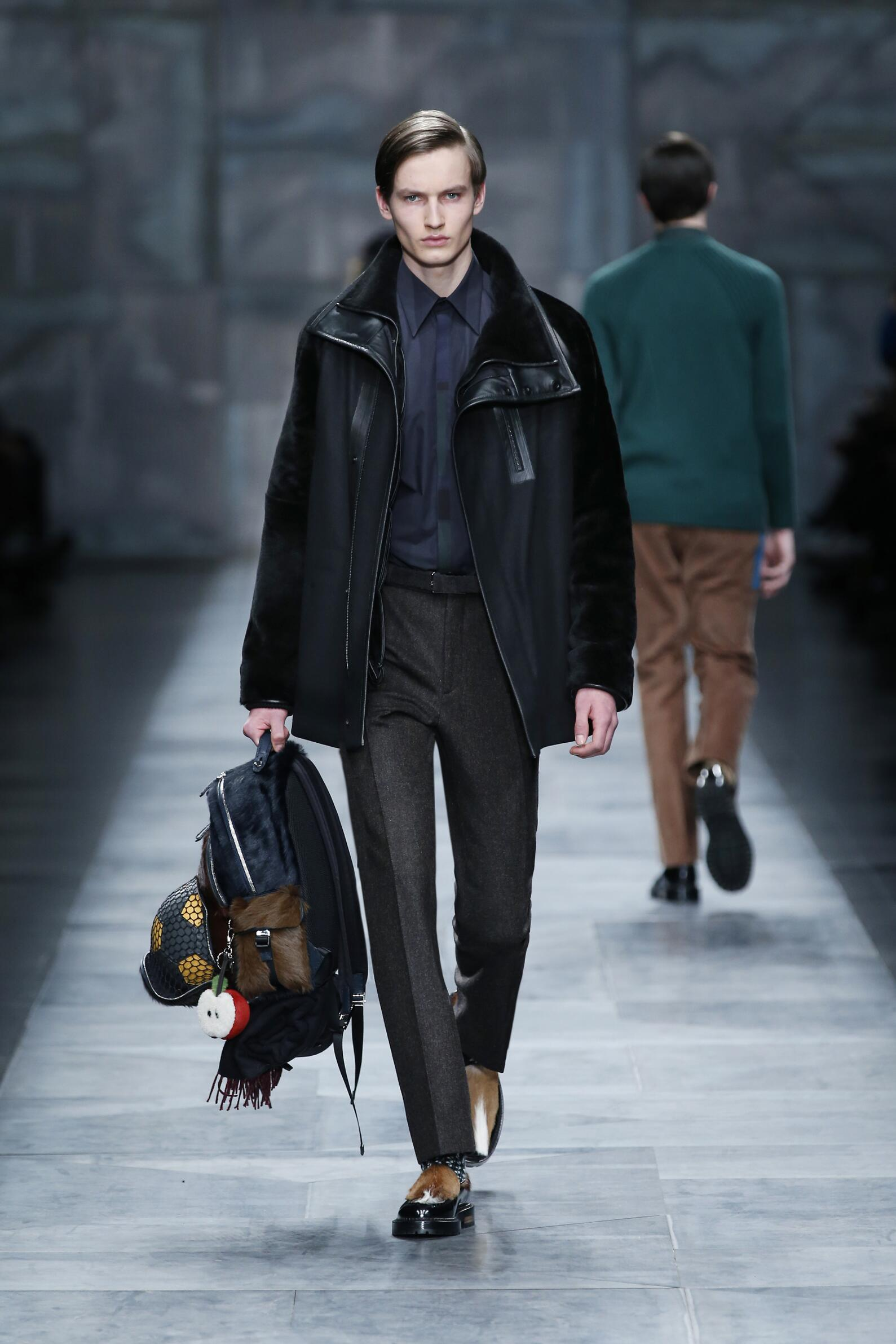 Fendi Collection Fall 2015 Catwalk