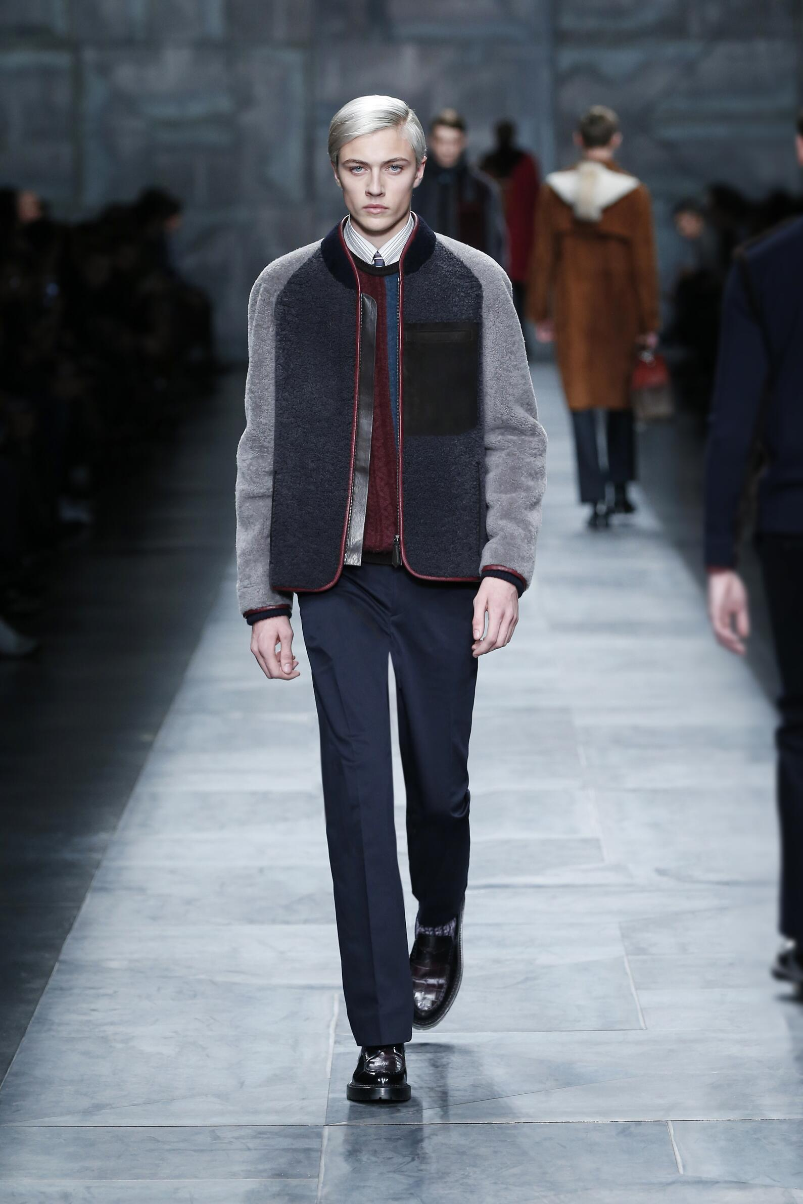 Fendi Collection Winter 2015 Catwalk