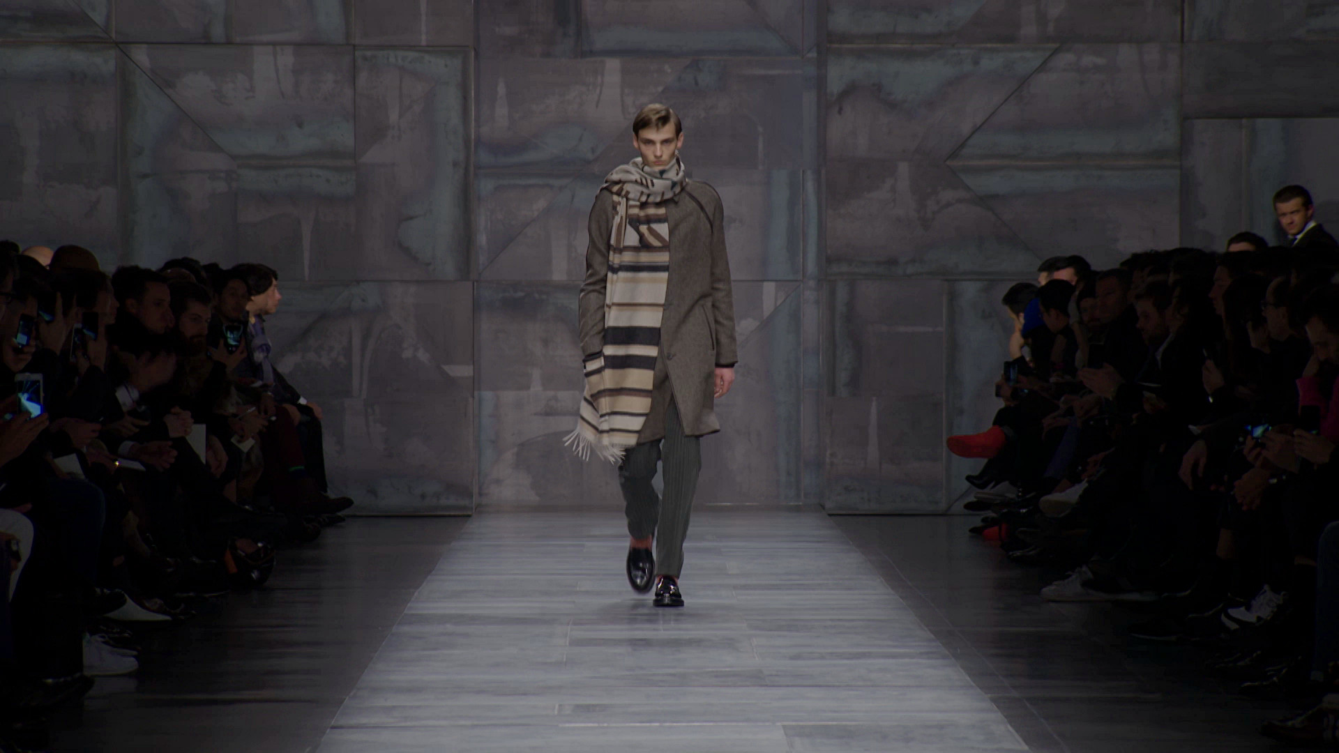 Fendi Fall Winter 2015-16 Men's Fashion Show - Milan Fashion Week