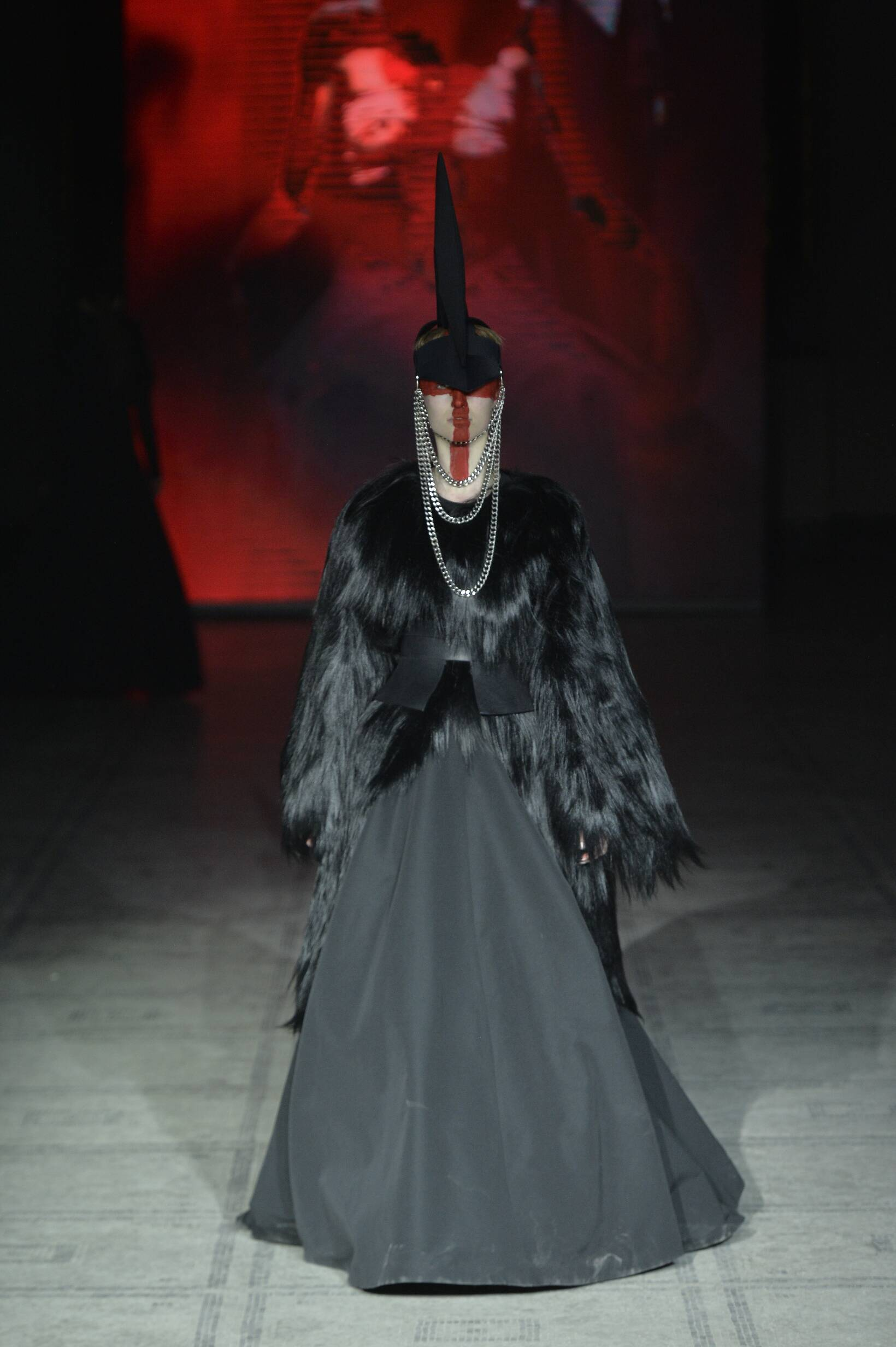 Gareth Pugh Collection Fashion Show FW 2015 2016