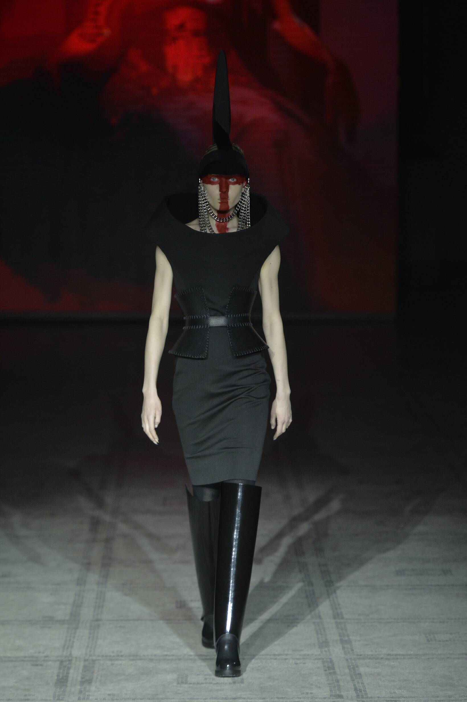 Gareth Pugh Collection Woman London Fashion Week