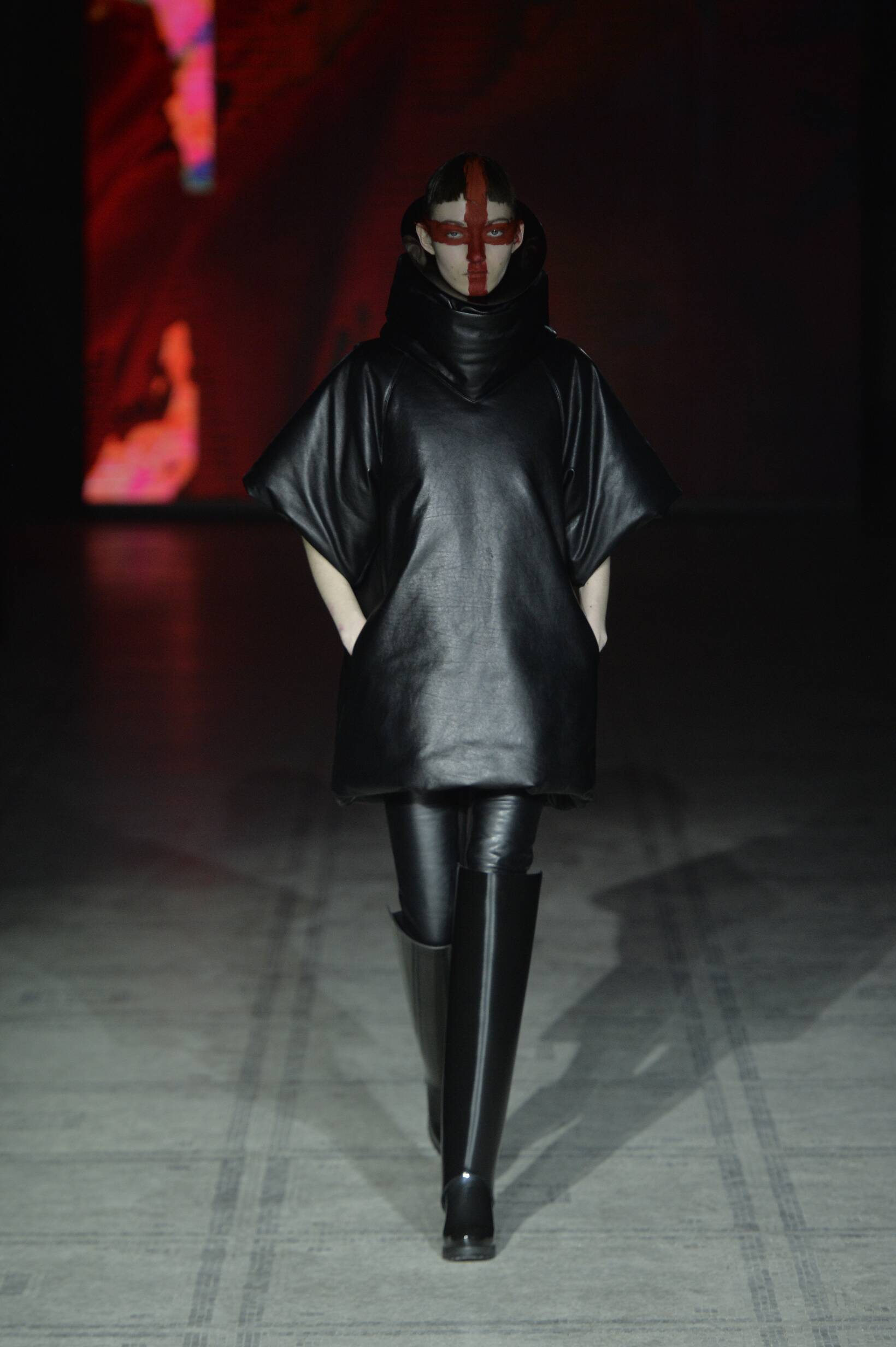 Gareth Pugh Women's Collection 2015 2016